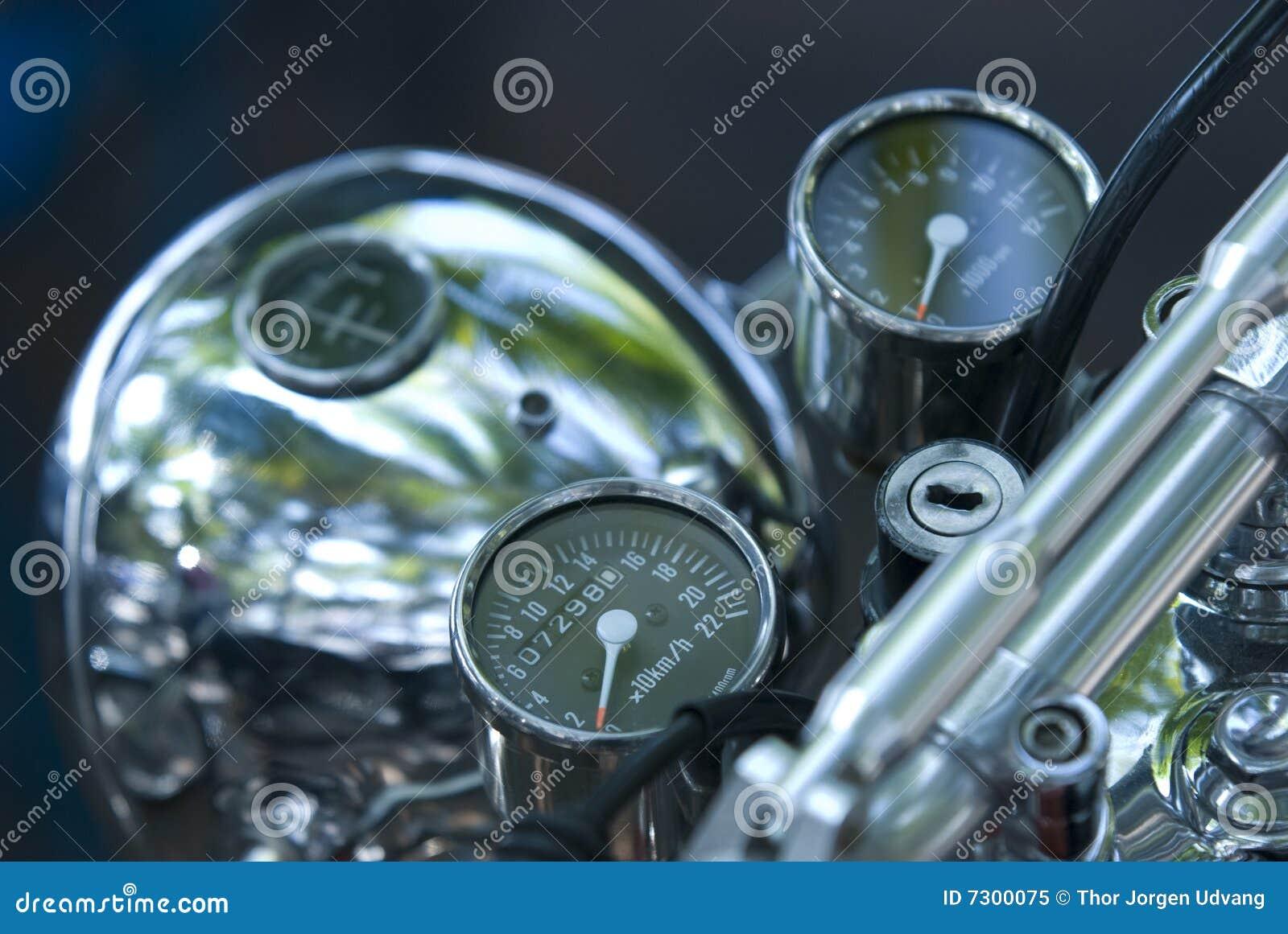 Strumenti sulla motocicletta