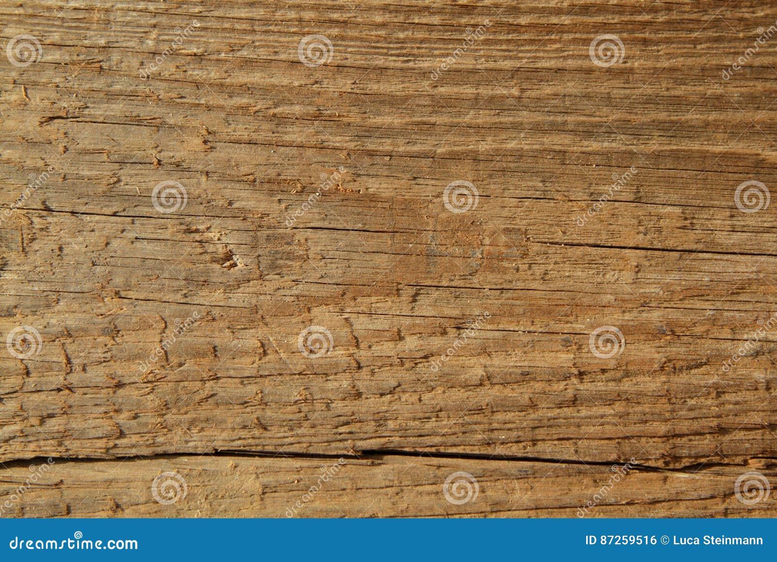 Struttura di legno nello sguardo antico
