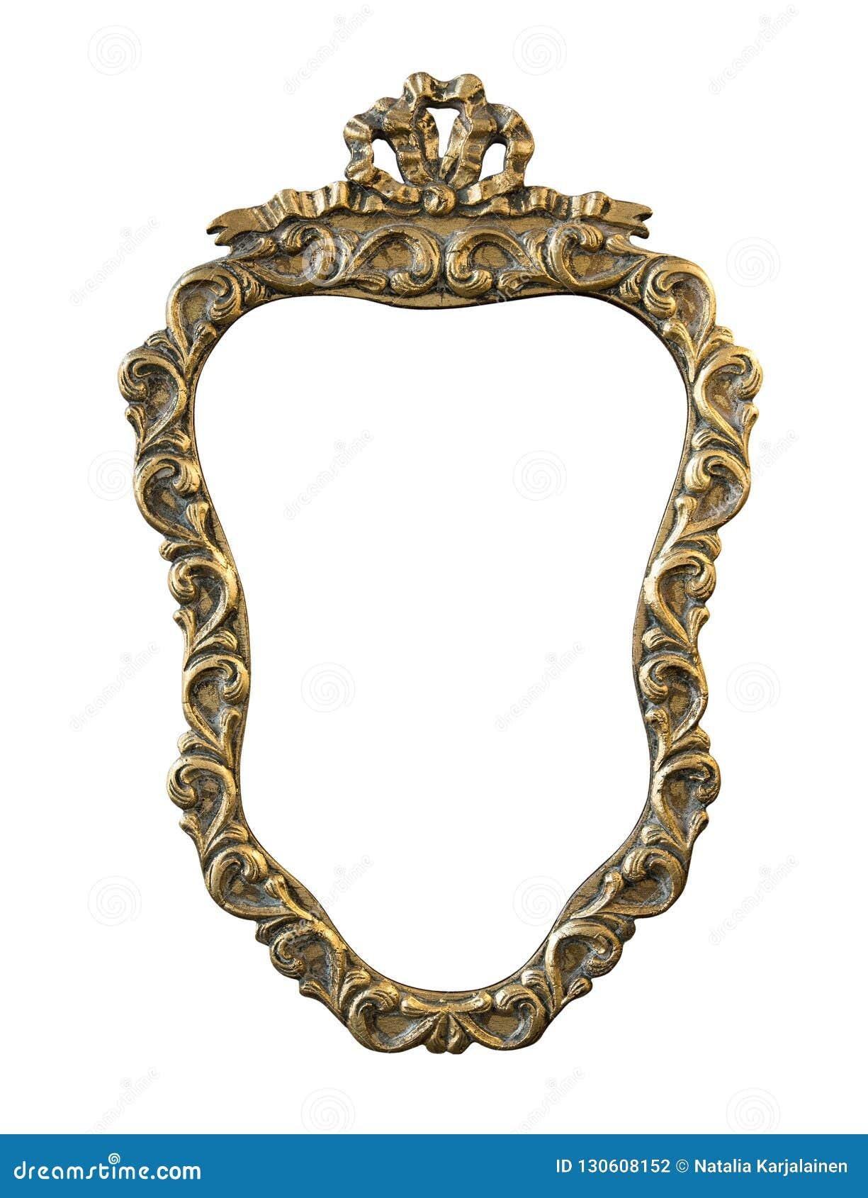 Struttura rotonda dorata annata con un ornamento isolato su bianco