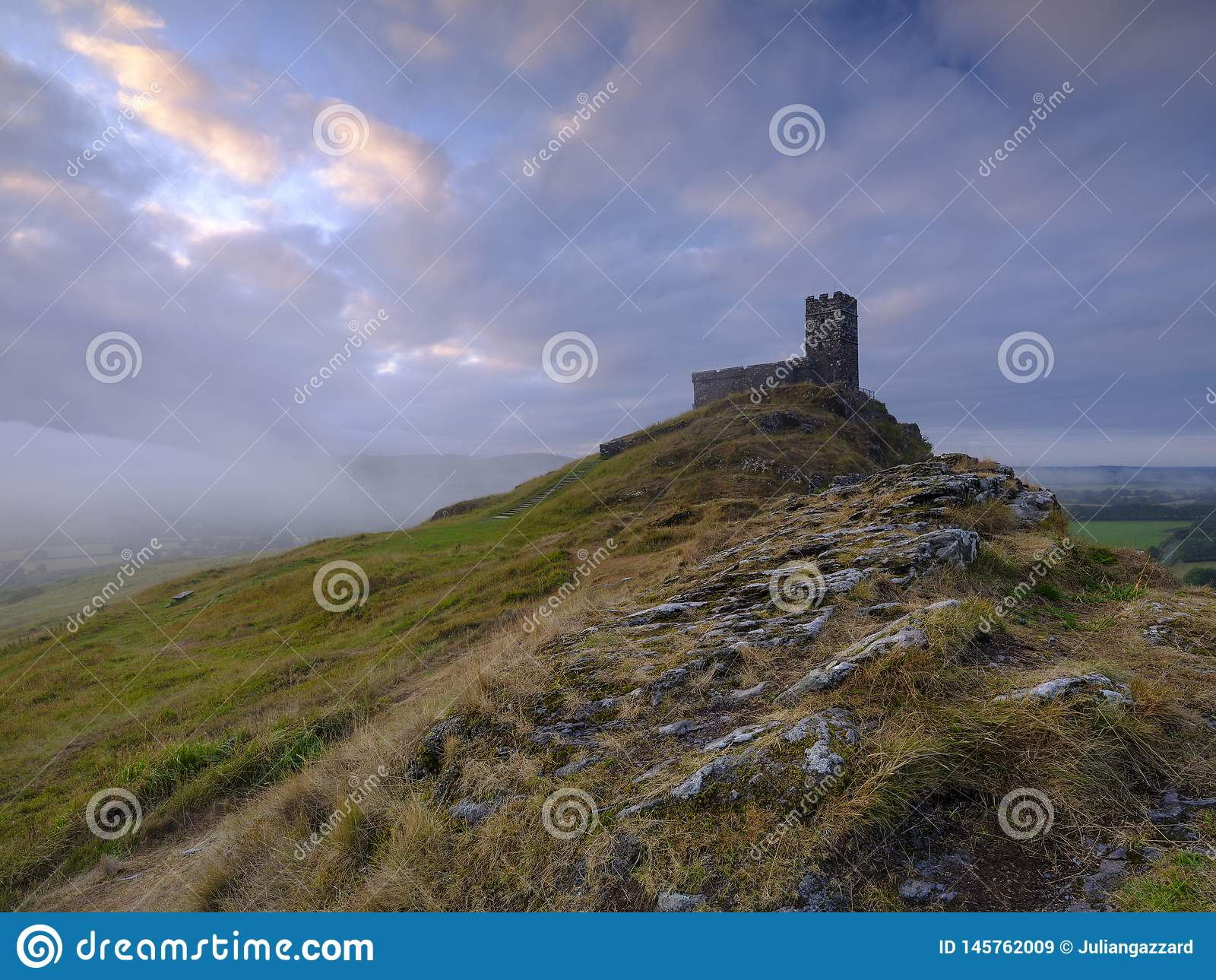 Sts Michael kyrka uppe på Brentor, Devon, UK