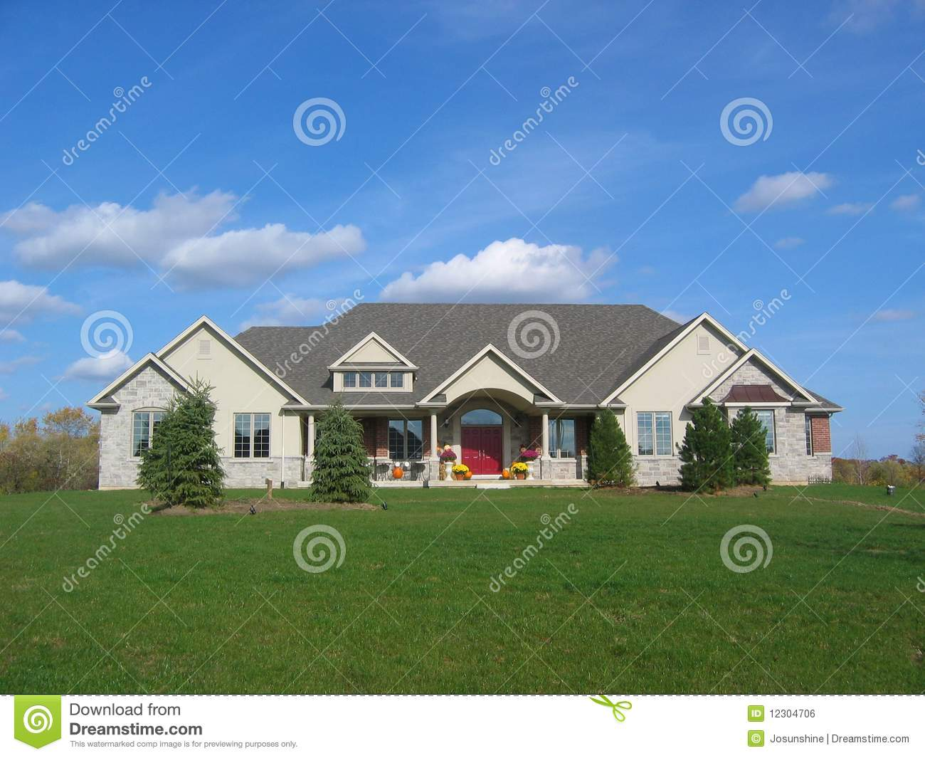 Stucco country house green grass royalty free stock image for Country house online