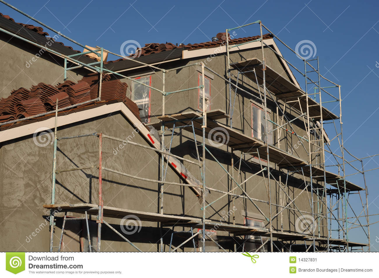 modern stucco home royalty free stock photography - image: 5861877