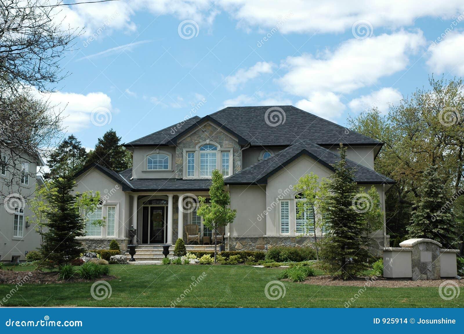 Stucco home exterior designs elite home ideas for Elite home designs