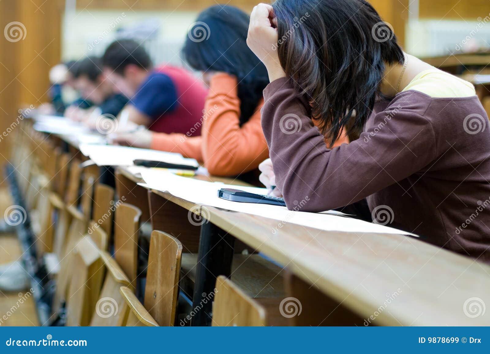 Studenccy target1282_0_ nabranie egzaminy