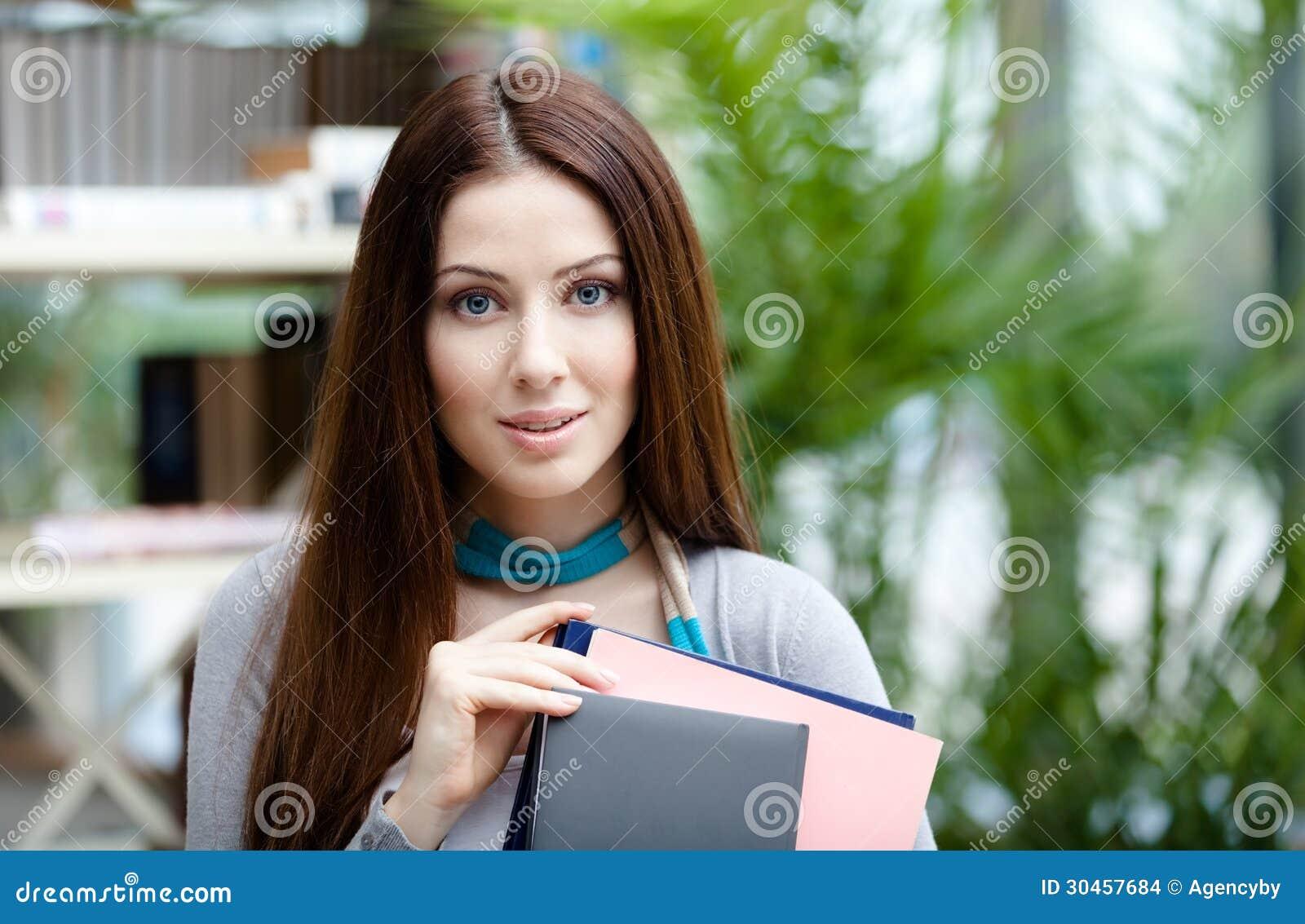 Student med böcker