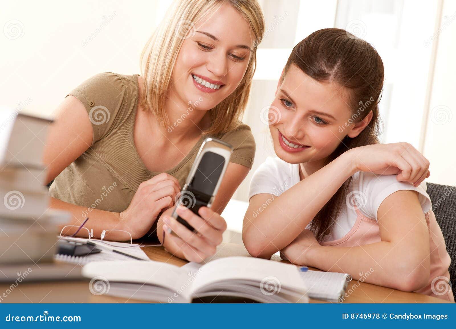 Фото с телефонов студенток 2 фотография