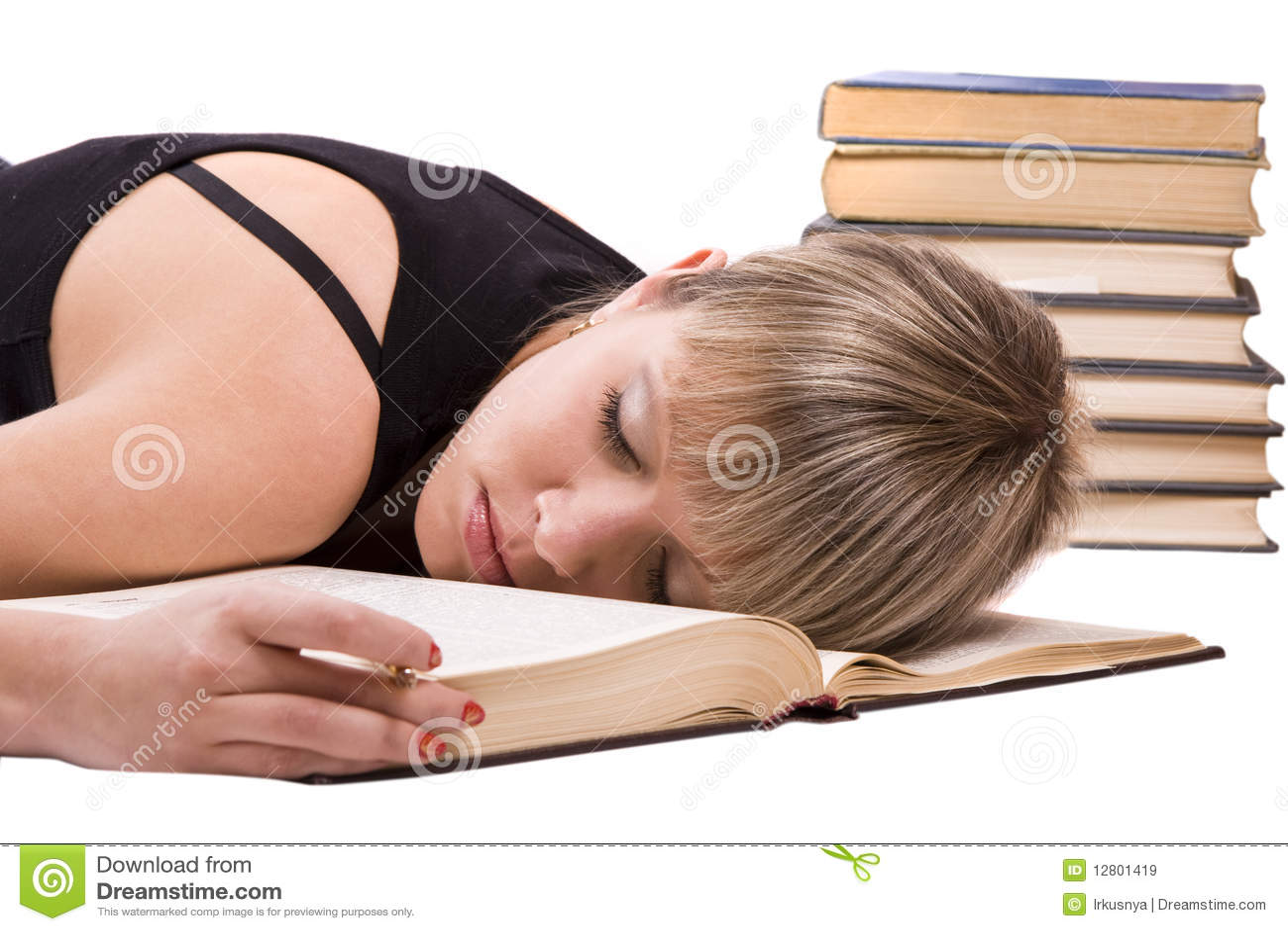 Студентка готовится к сессии 5 фотография