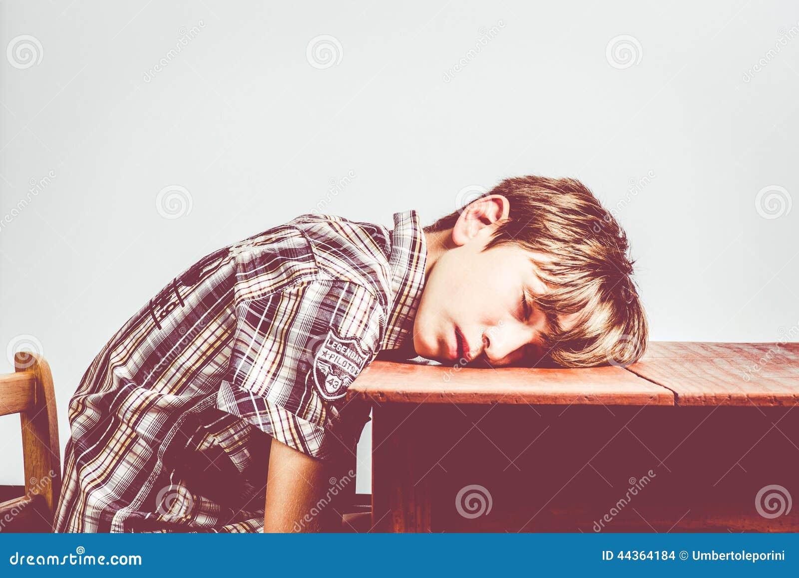 Studente addormentato