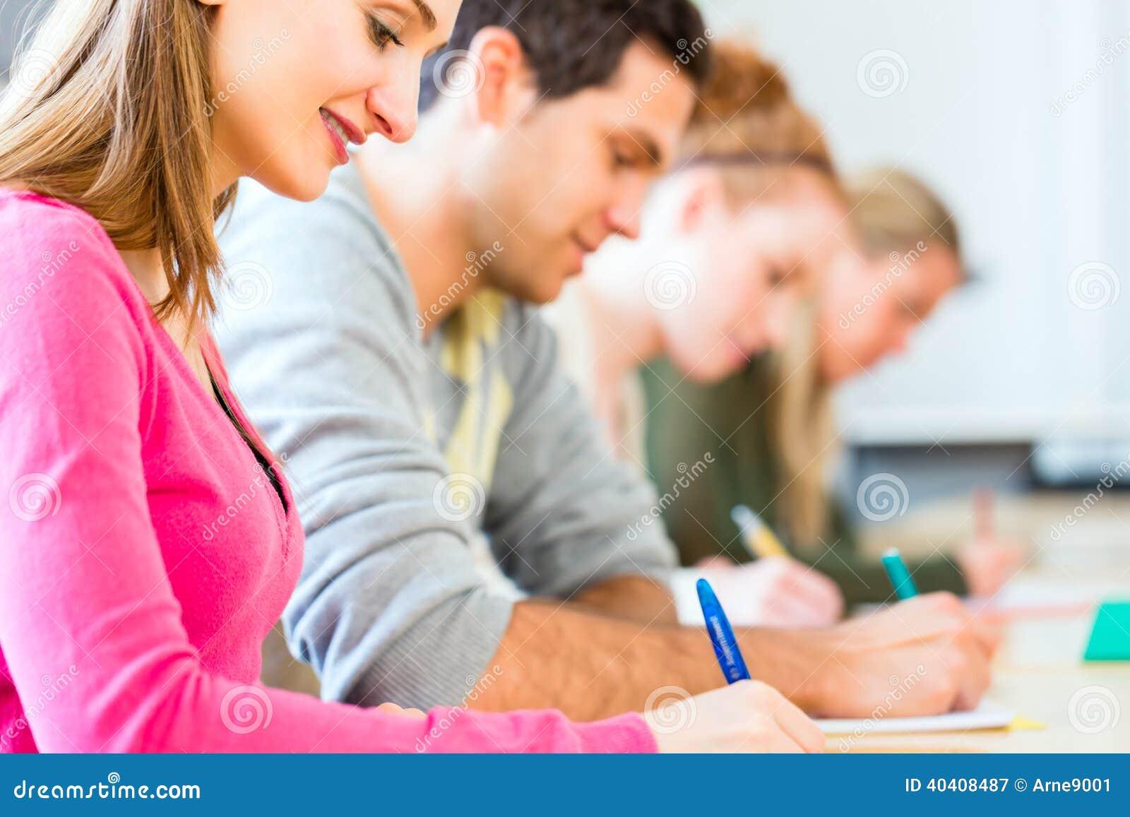 Fein Student Setzt Für Stipendien Fort Ideen - Beispiel ...