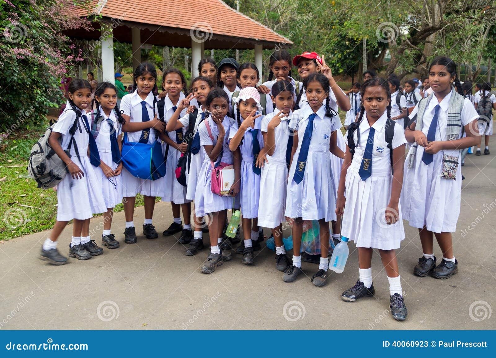 Studenten van de middelbare school van het meisje redactionele stock foto beeld 40060923 - Beeld het meisje van ...