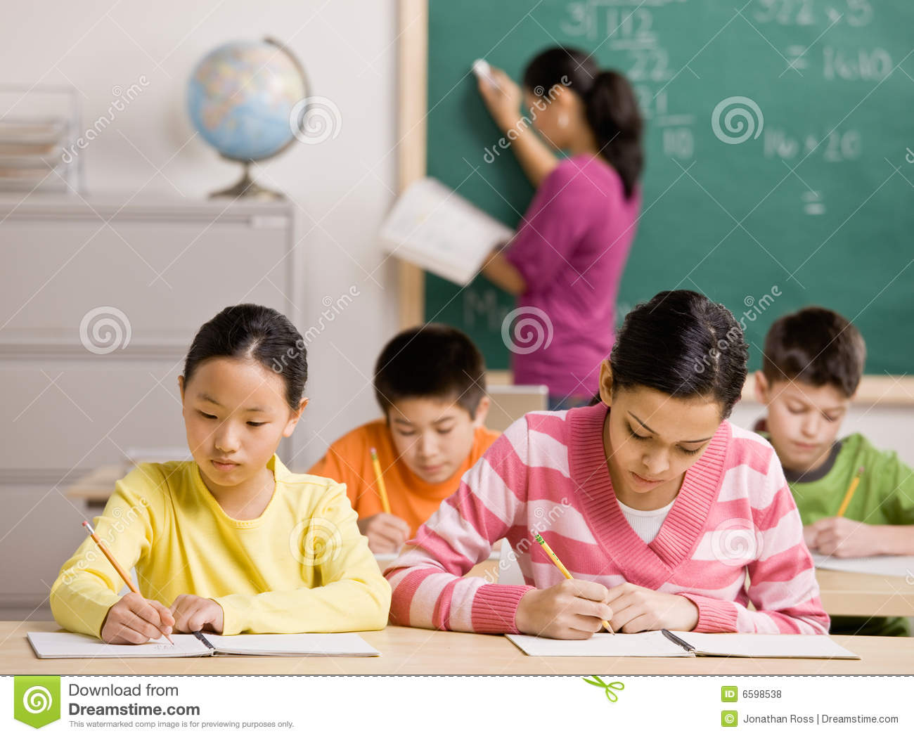 english essay topics for school students Mrs carson's classes search 86 possible persuasive essay topics 1 should students be allowed to have cell should high school students have to complete.