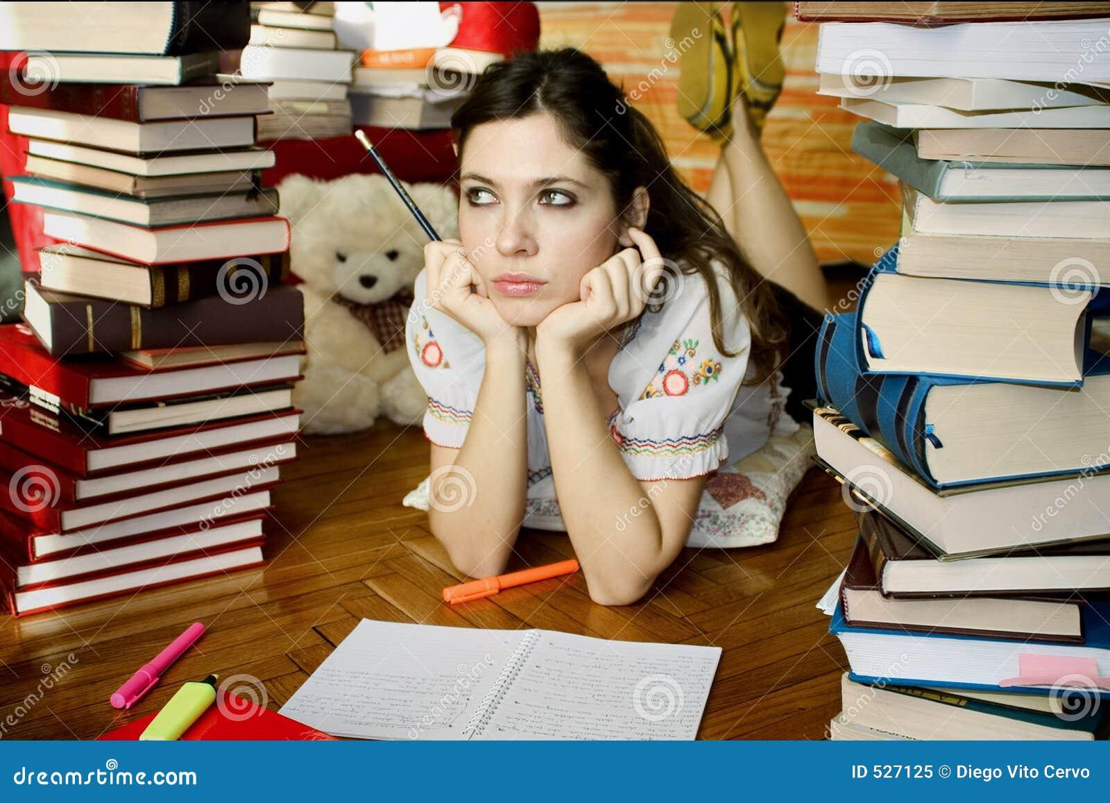 Studera för 01 flicka