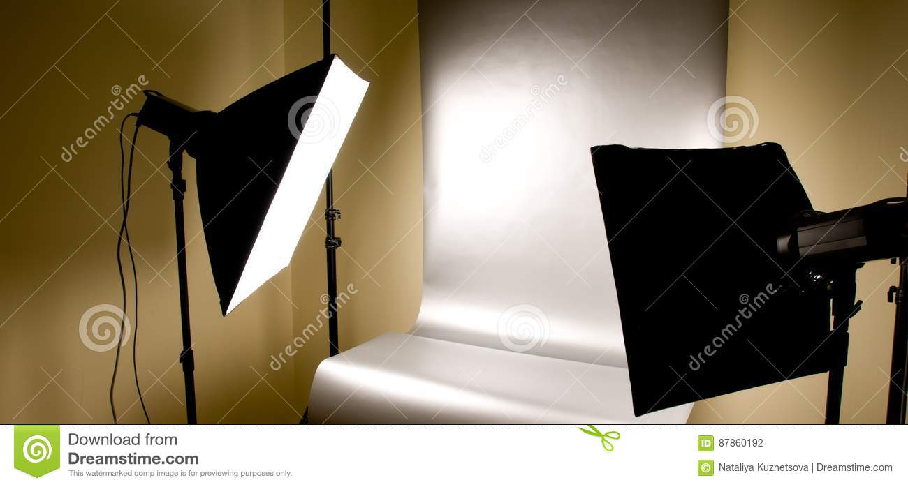 Studio lighting with background