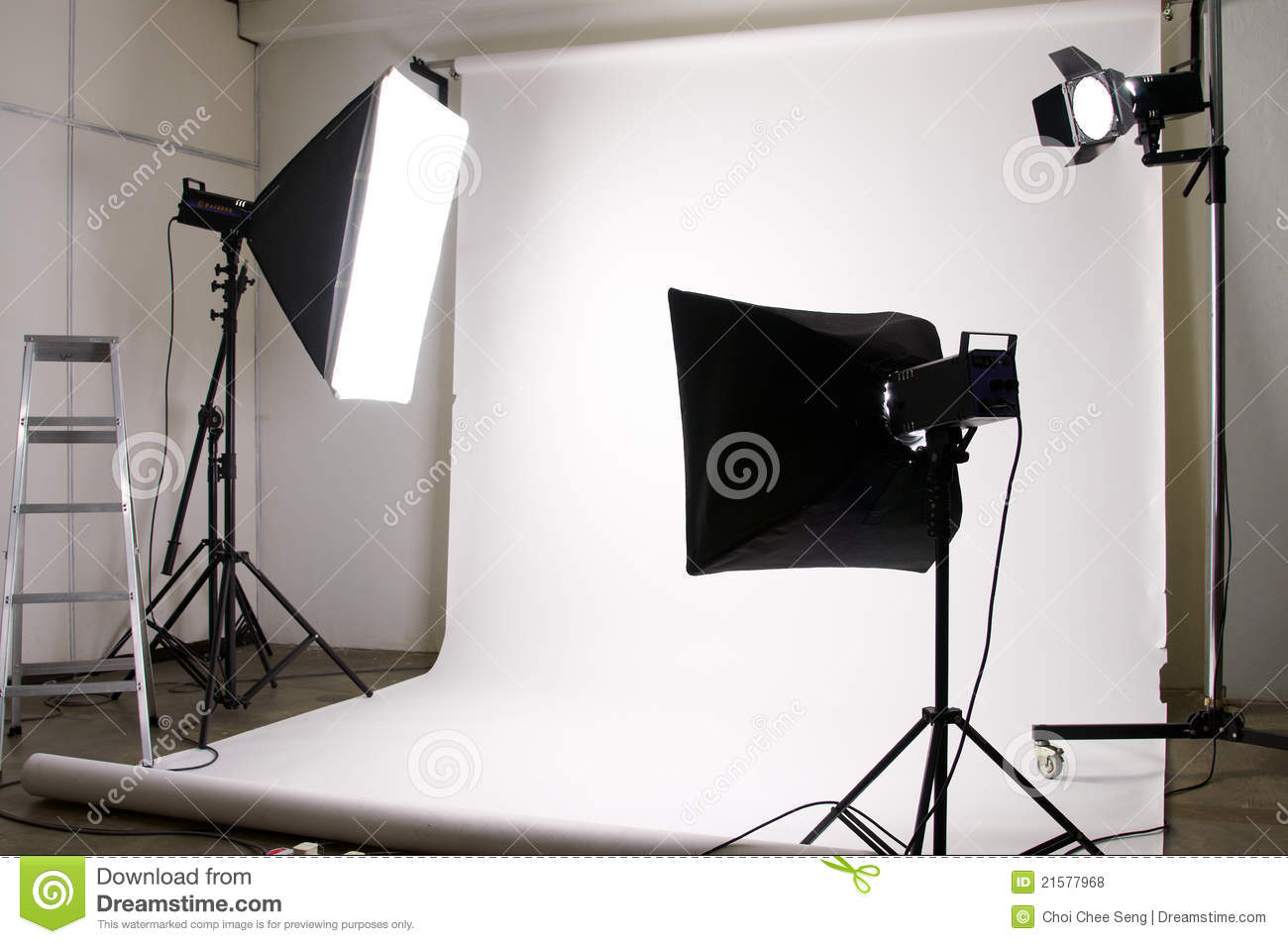 Studio Lighting Equipment Royalty Free Stock Photos Image 21577968