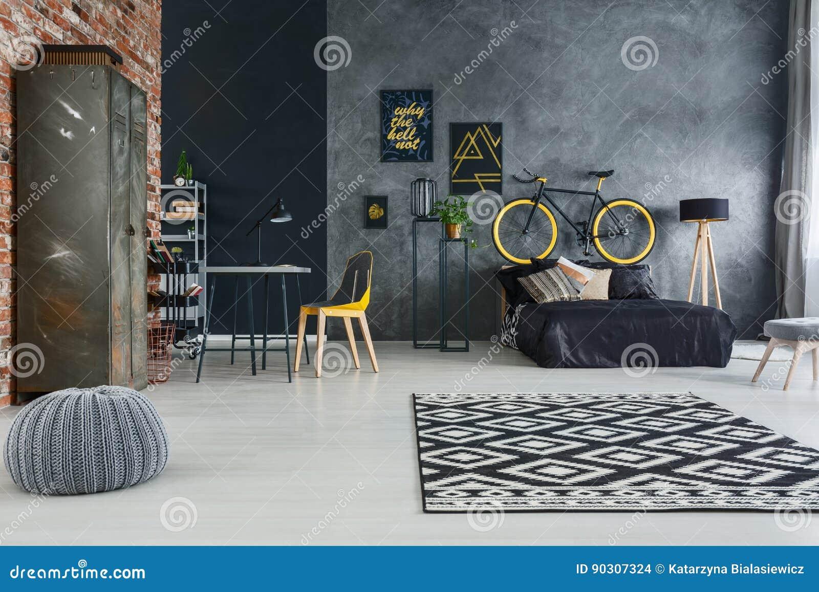 Studio piano con mobilia moderna fotografia stock for Mobilia spazio