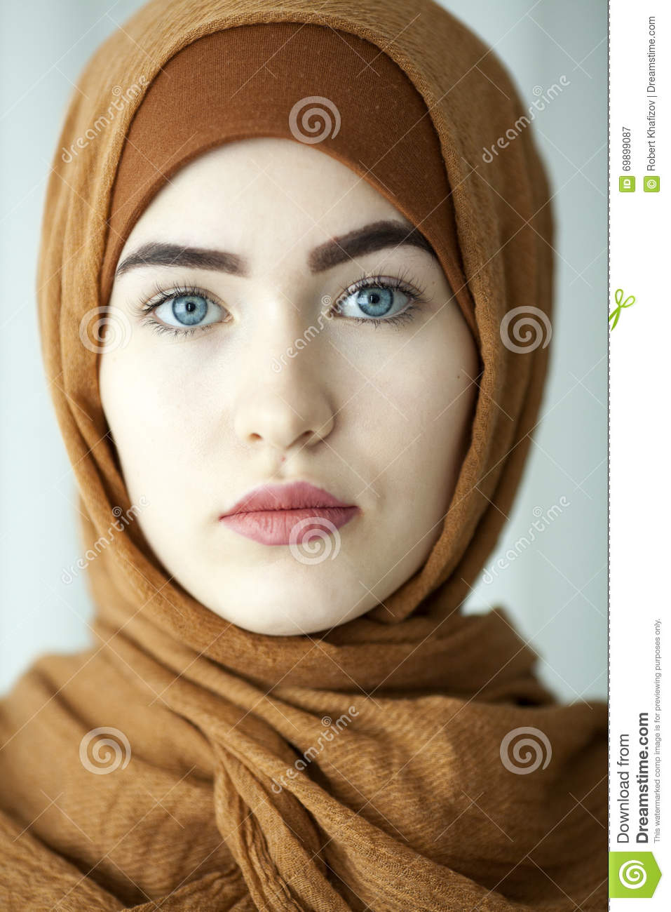 Agree, very Beautiful muslim women face pictures for