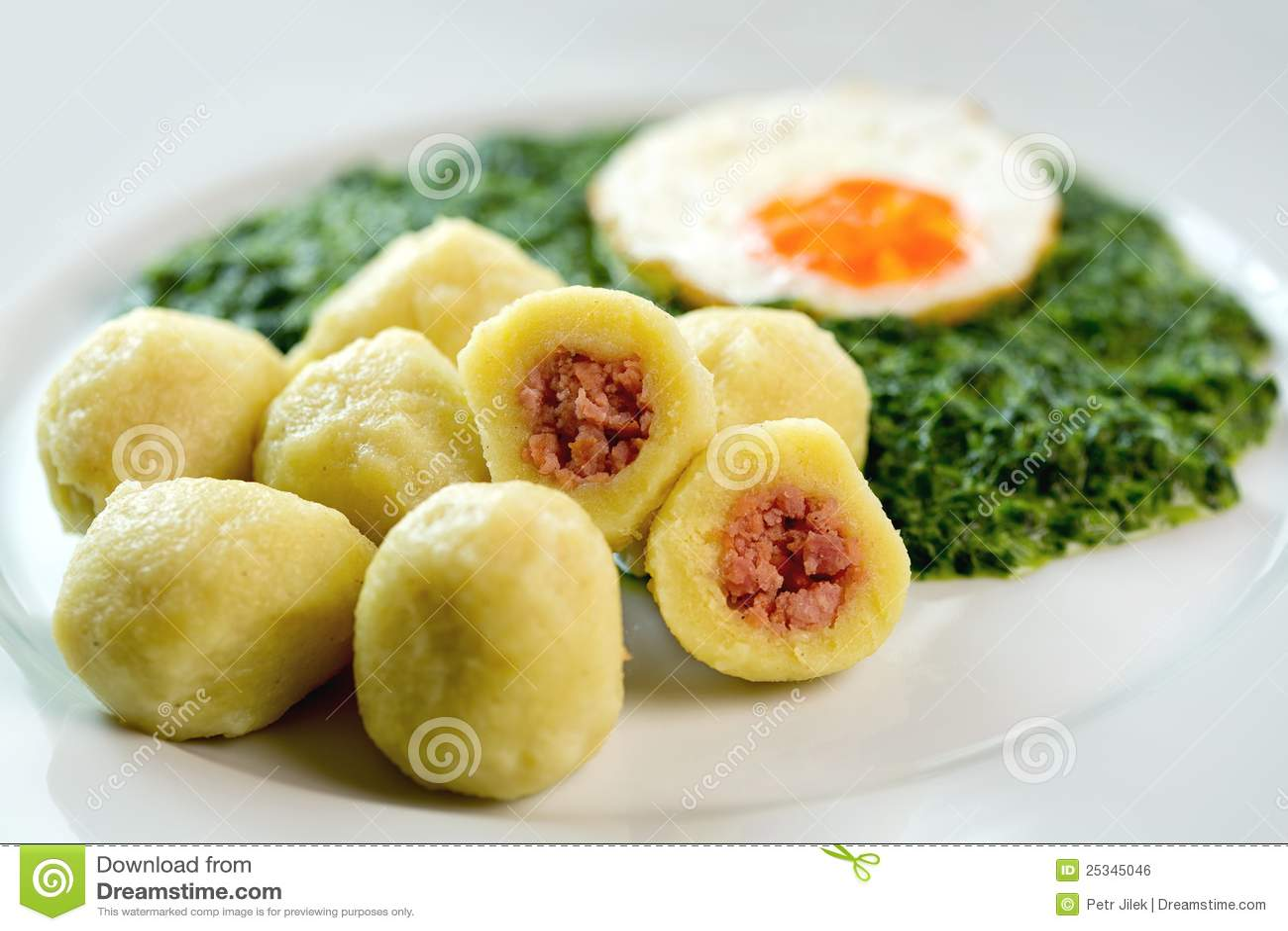 Stuffed potato dumplings with smoked meat