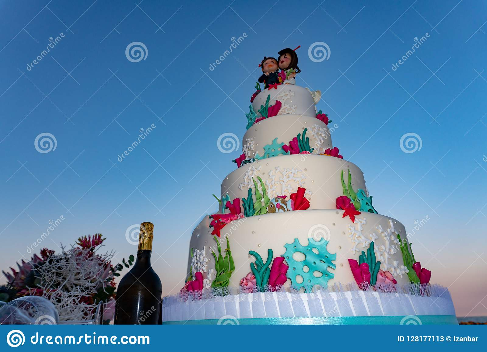 Style Marin De Mer De Gâteau De Mariage Image Stock Image
