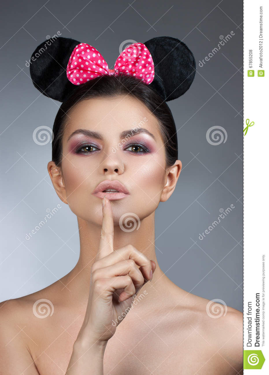 Professional Make Up Artist: Style Woman Portrait Perfect Face, Professional Make
