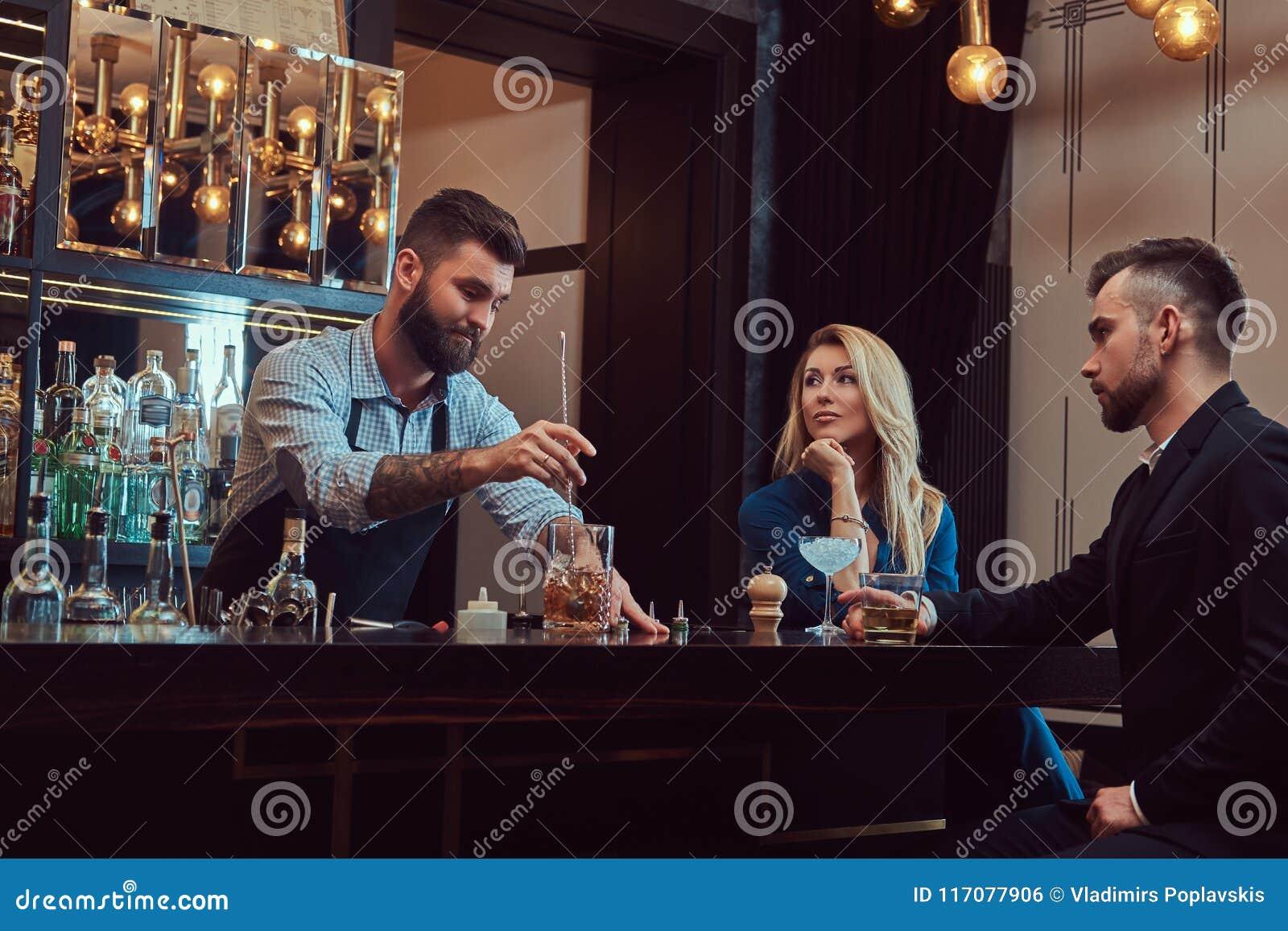 dating bartendere lærere som dater andre lærere