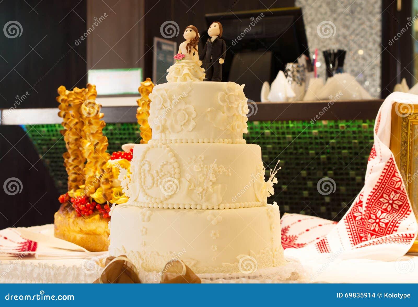 Stylish Decorated White Wedding Cake Stock Photo - Image of iced ...