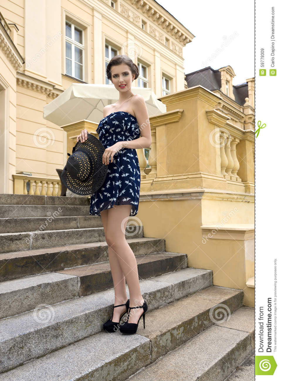 dbed75f45a30 Stylish Elegant Girl In Outdoor Summer Shoot Stock Image - Image of ...
