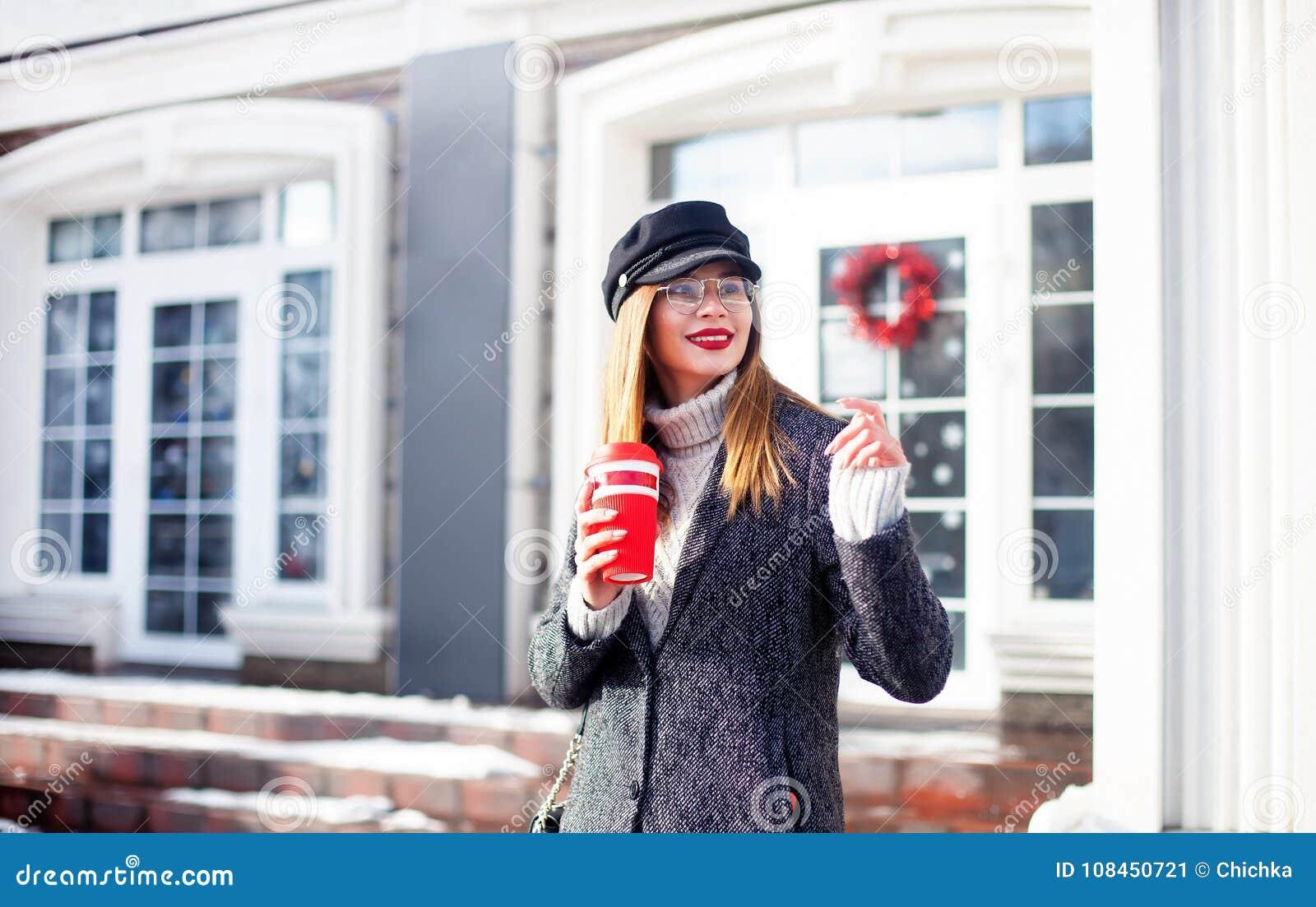 38614a8fd5b2 Stylish Happy Young Woman Wearing Fashionable Glasses