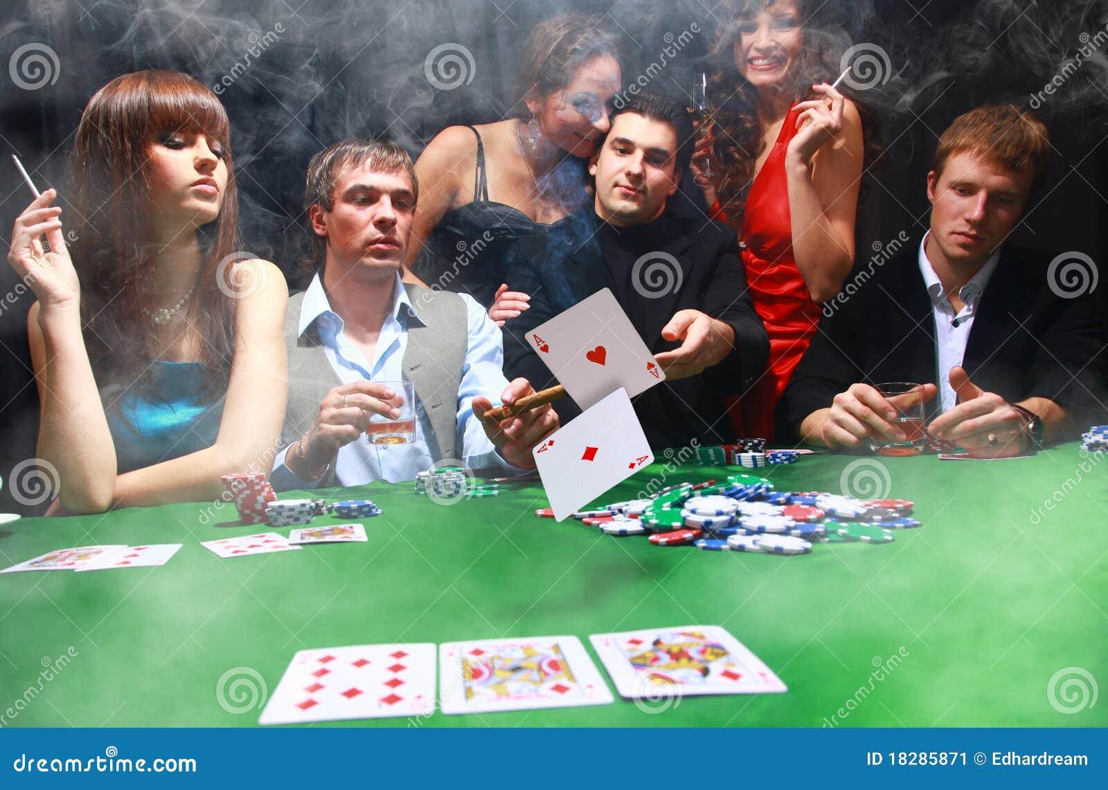 Джеймс казино торрент бонд игры рояль через