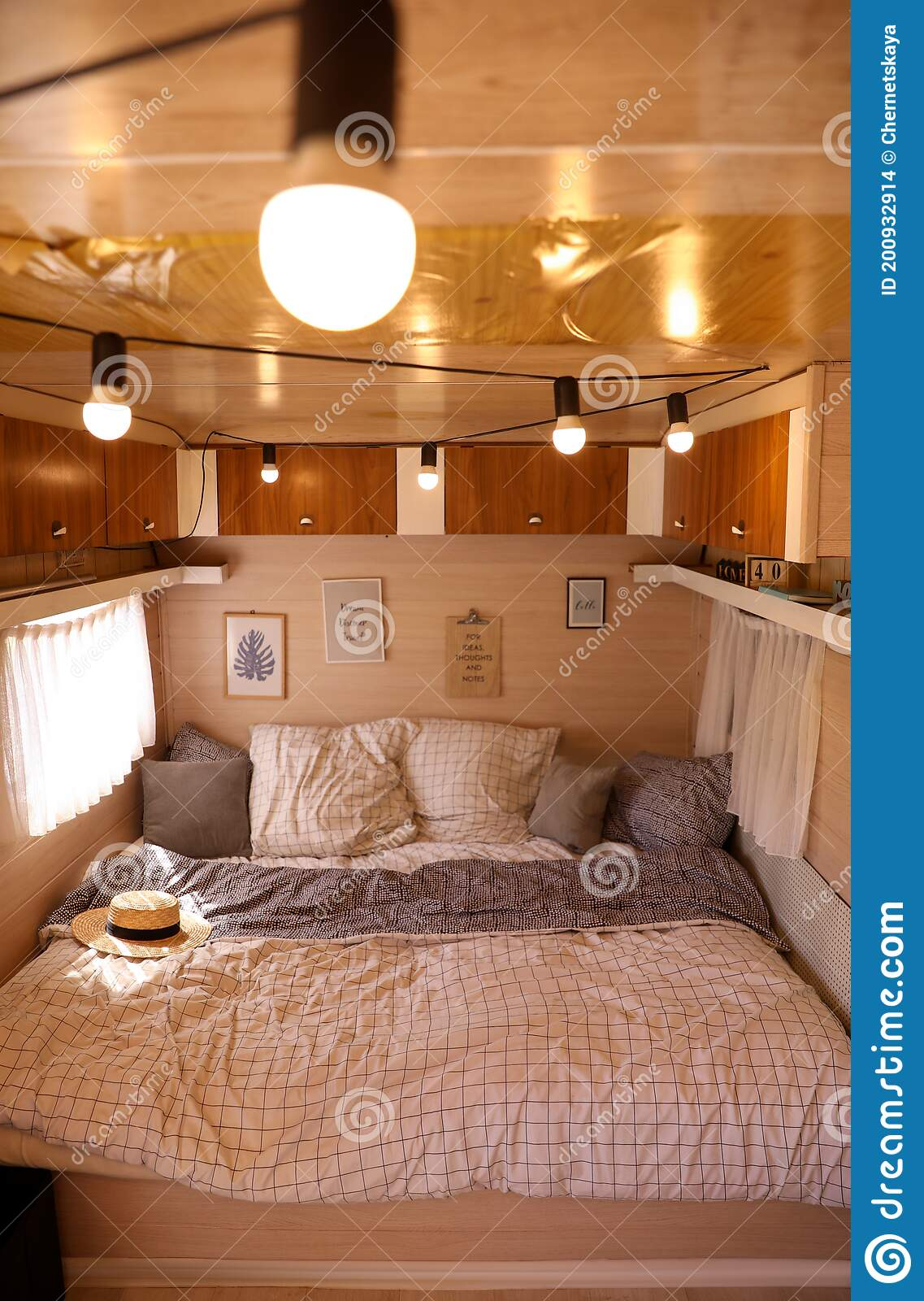 Bed Trailer Wooden Photos Free Royalty Free Stock Photos From Dreamstime