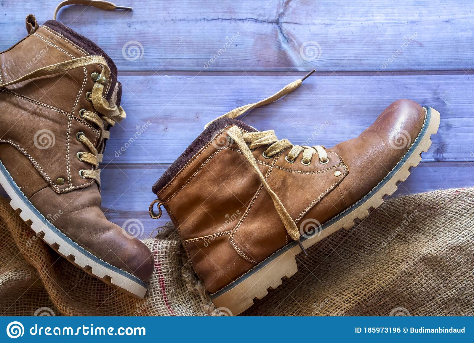 stylish leather hiking boots
