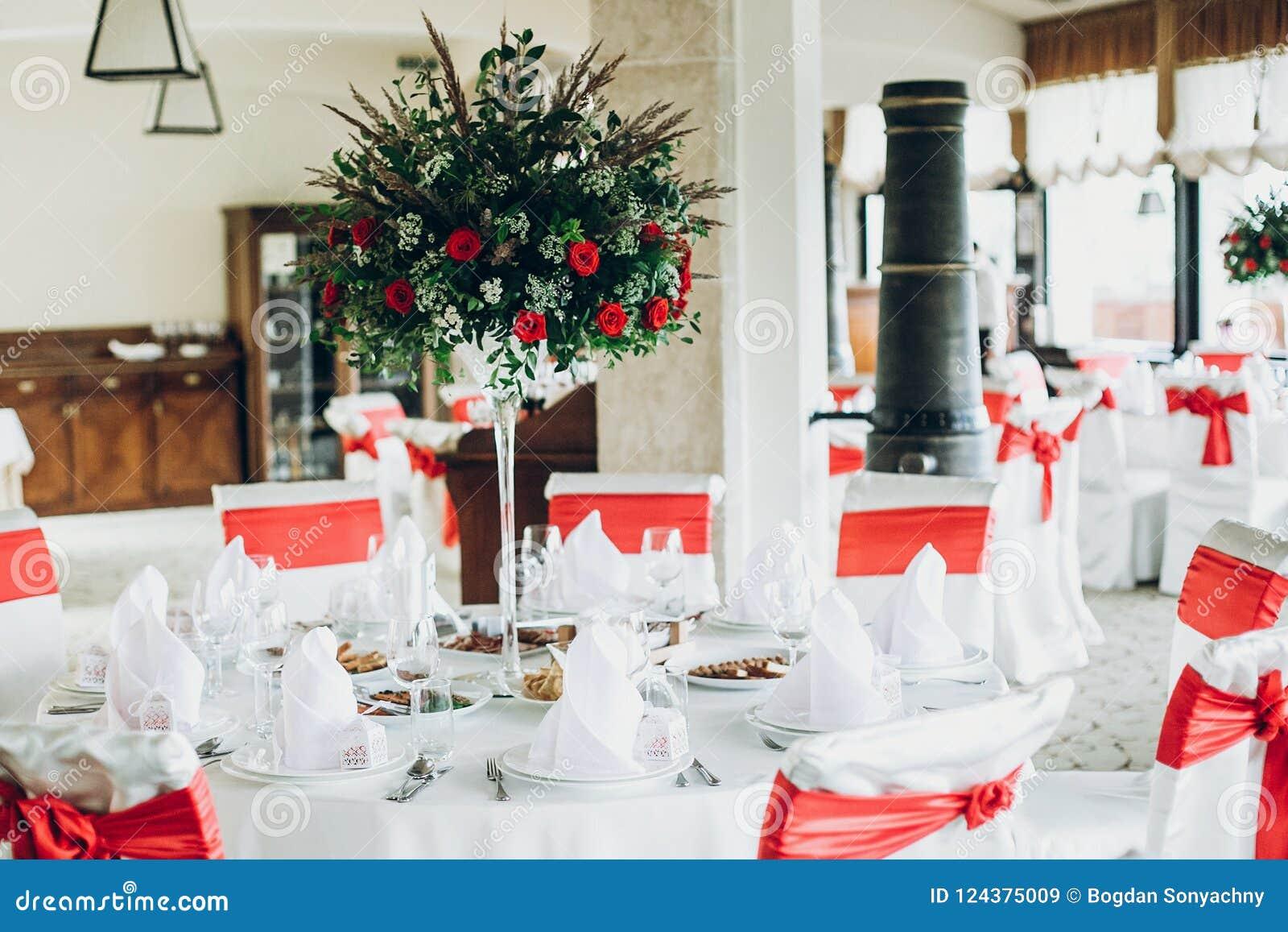 Stylish Wedding Table Setting Elegant Wedding Table With