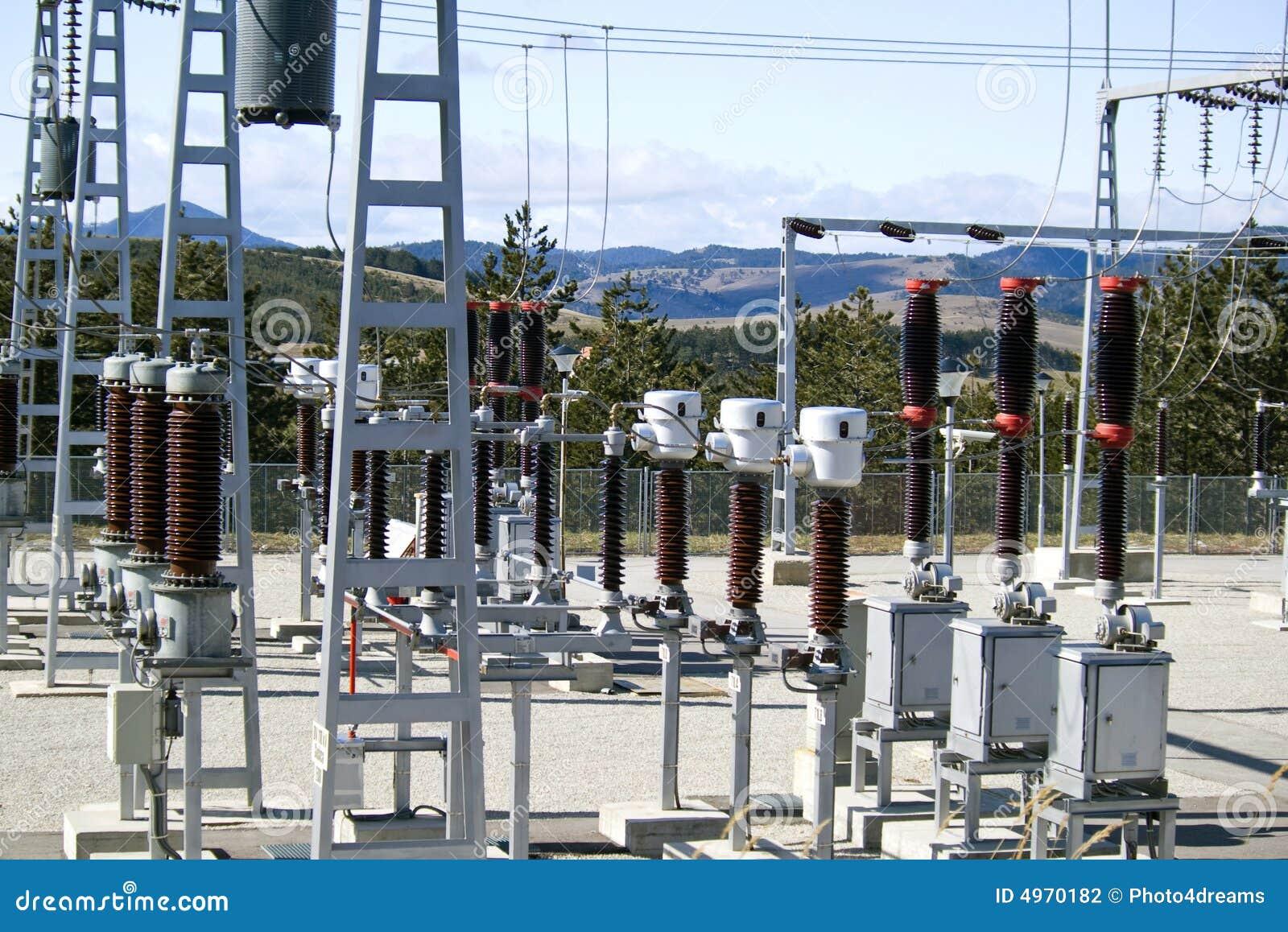 Subestación eléctrica de la distribución