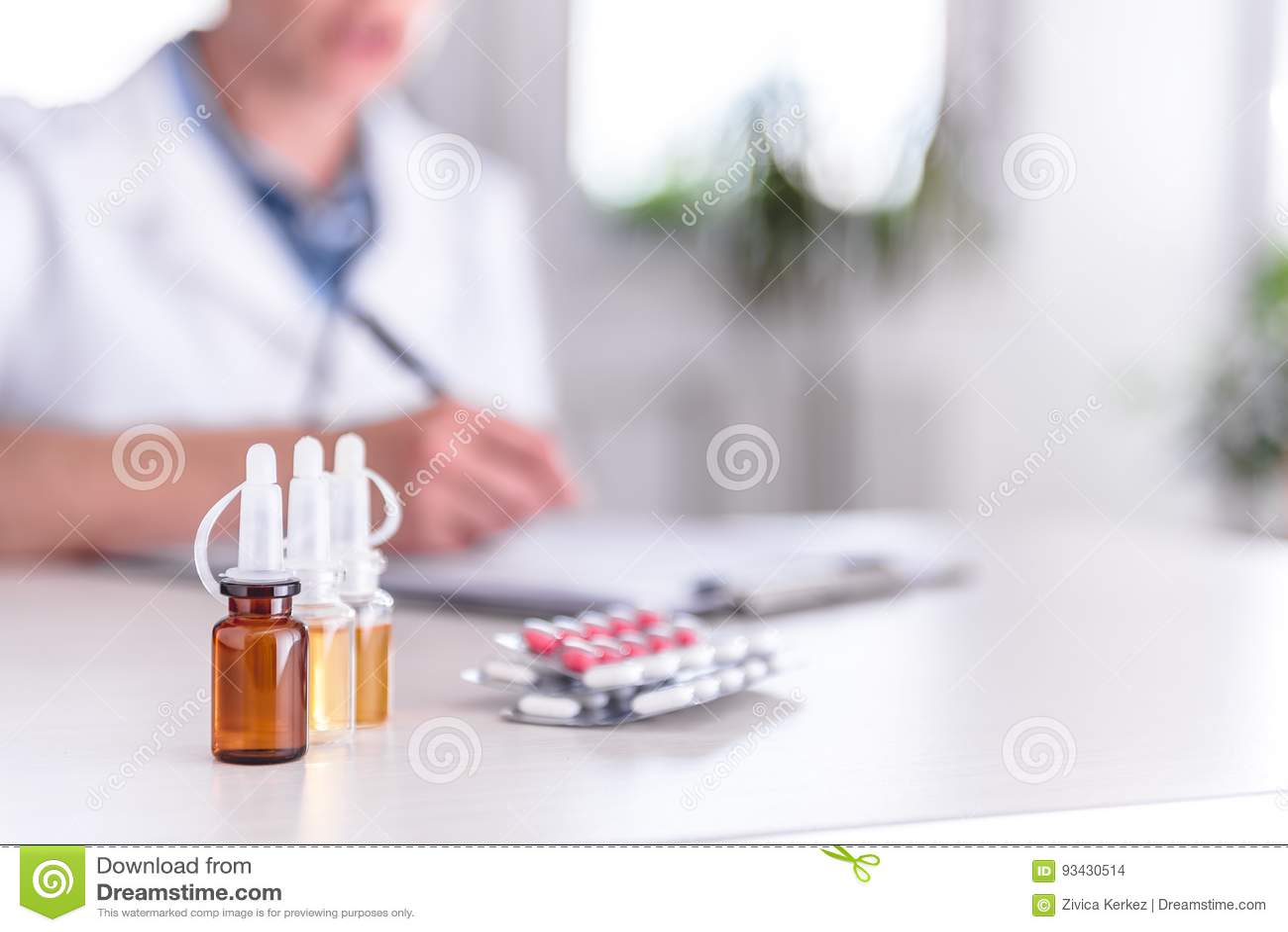 Subministros médicos na tabela