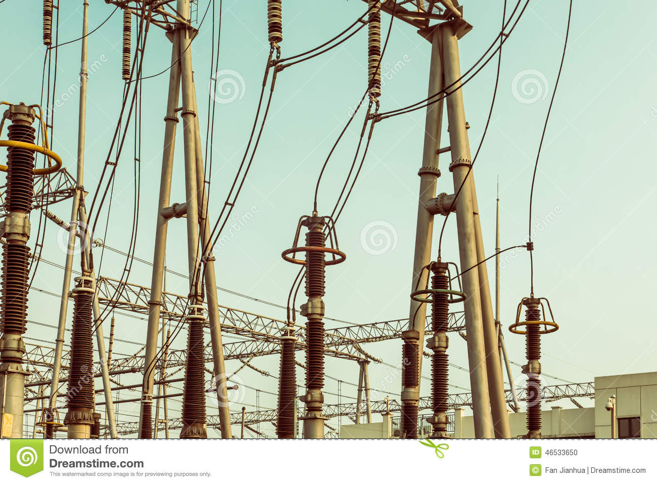 High Voltage Transmission Wire : Substation and high voltage power transmission iron tower