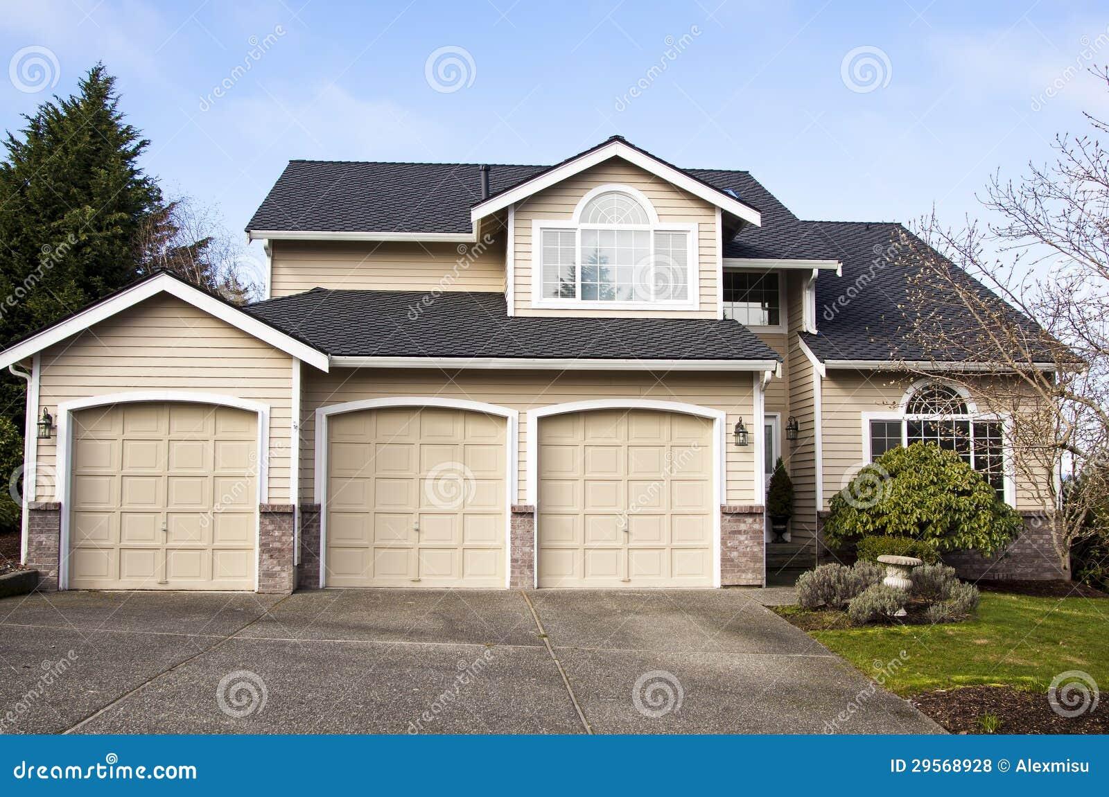 Suburban House Royalty Free Stock Photos Image 29568928