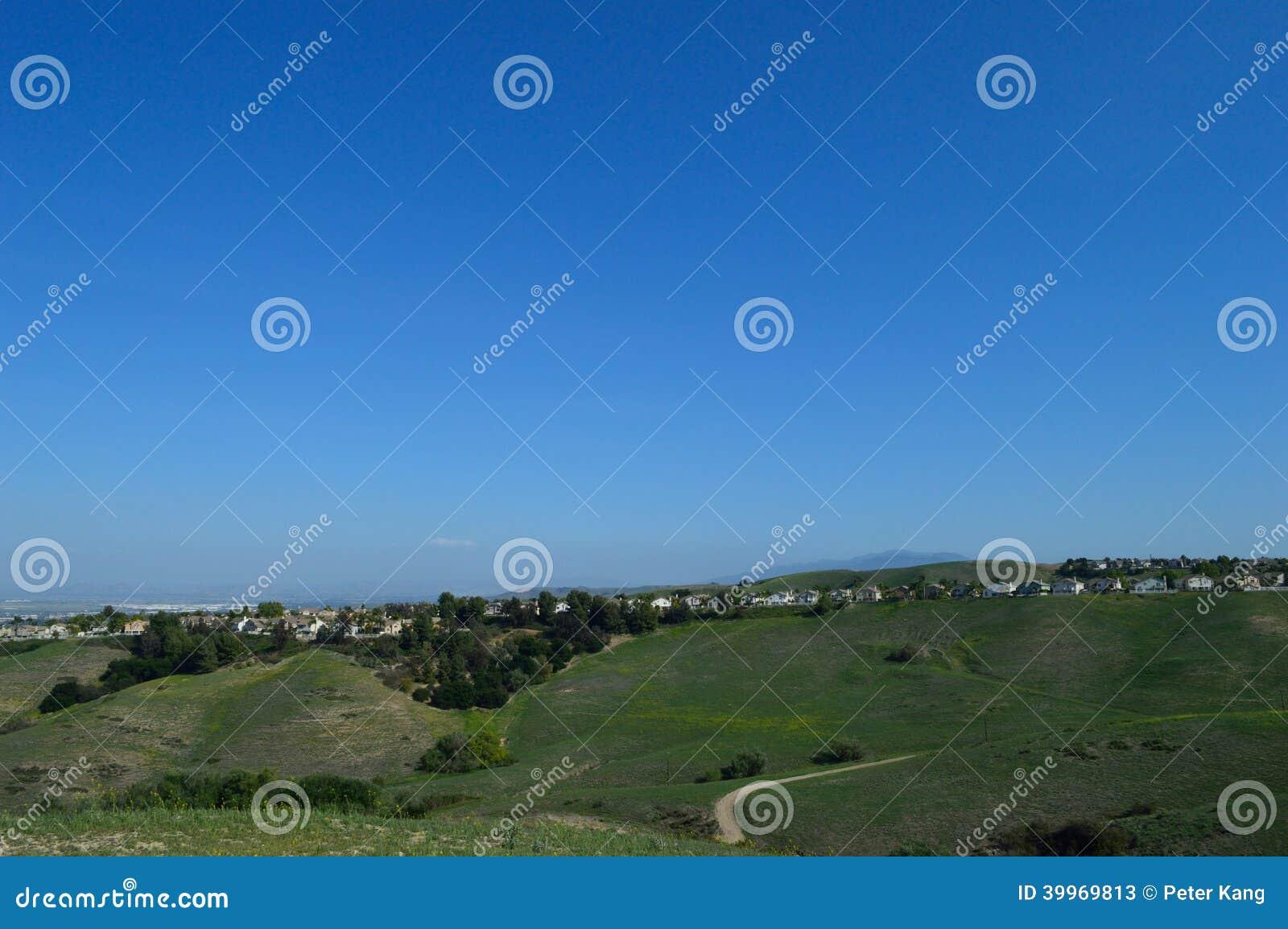 Suburbio interior meridional de Ridgeline California