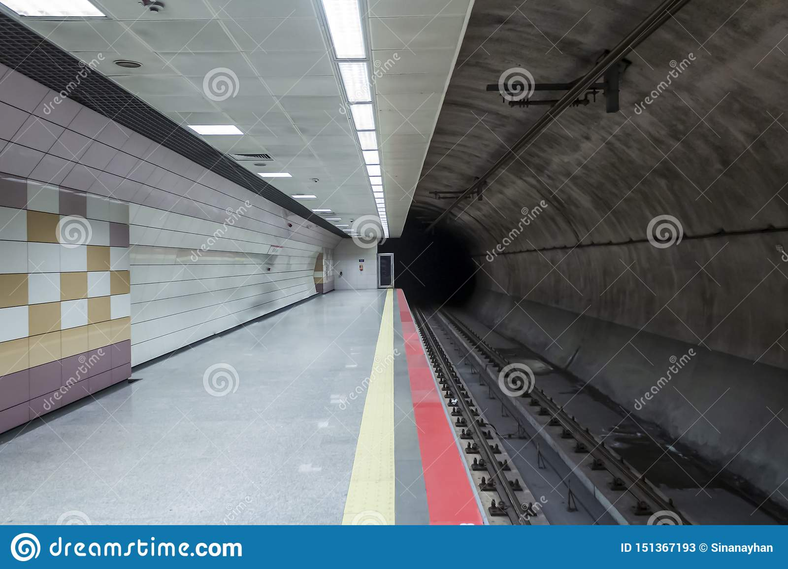 Empty subway station in İstanbul