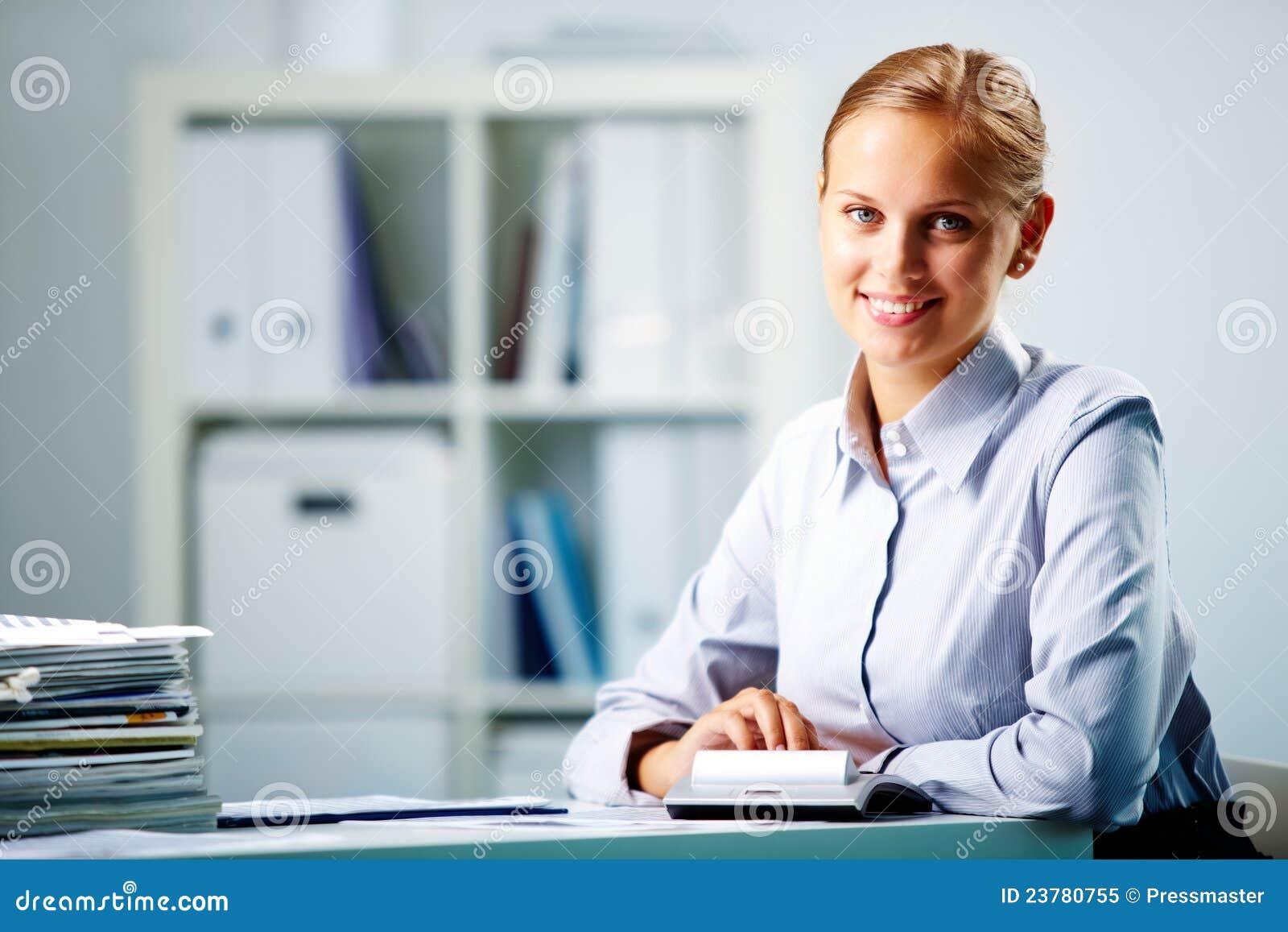 Случай с секретаршей в офисе 8 фотография