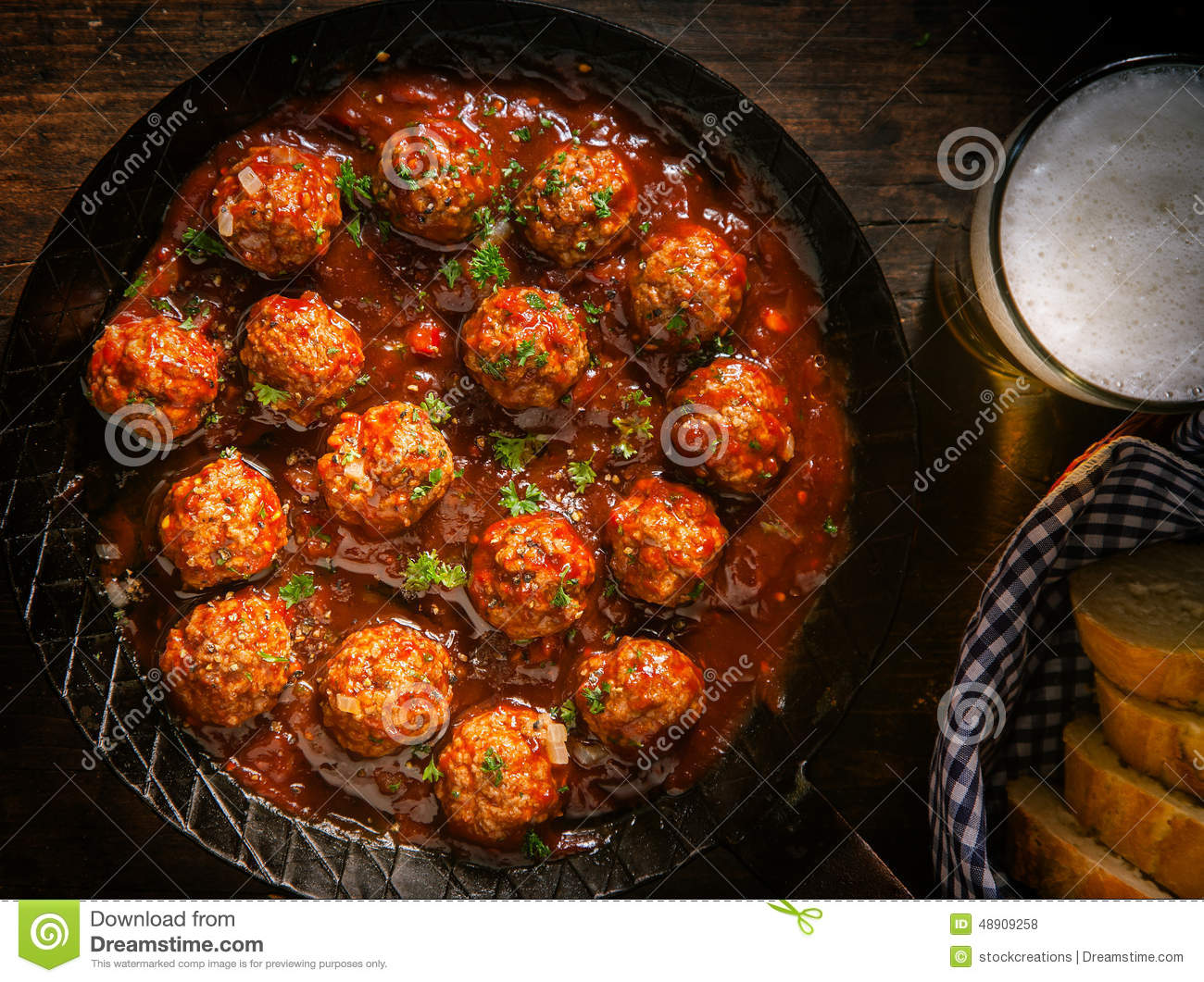 Succulent beef meatballs in a spicy sauce
