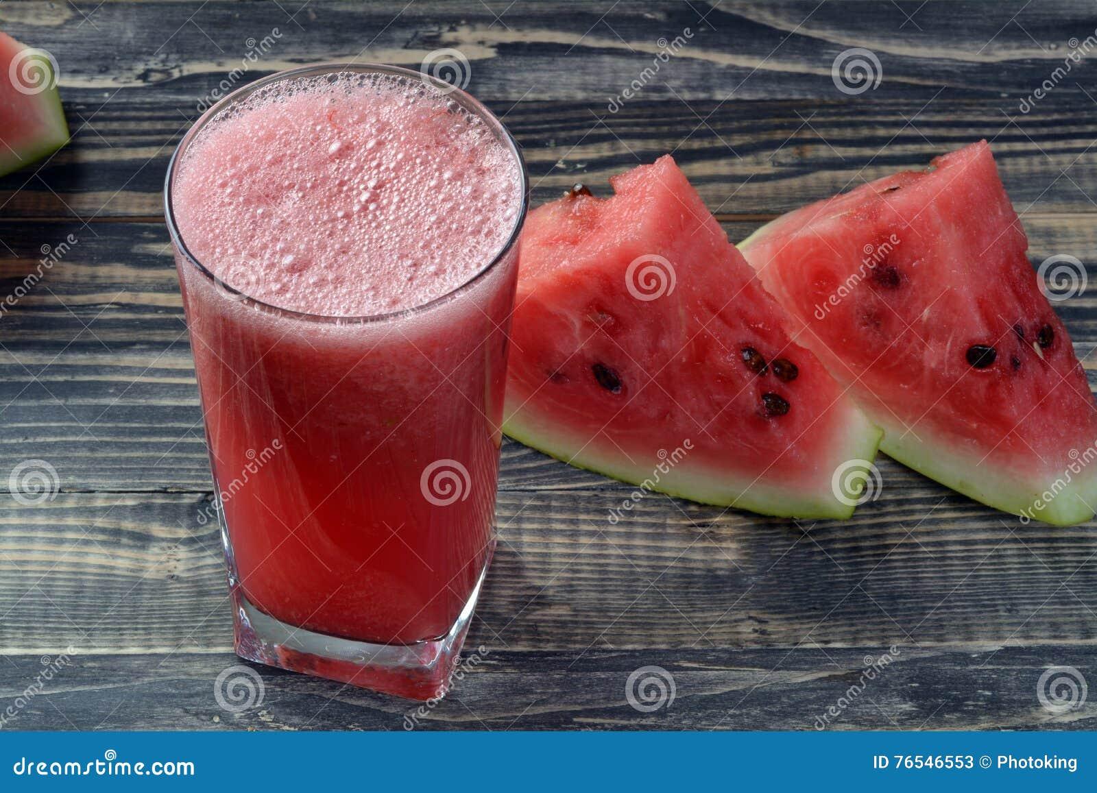 Suco fresco da melancia