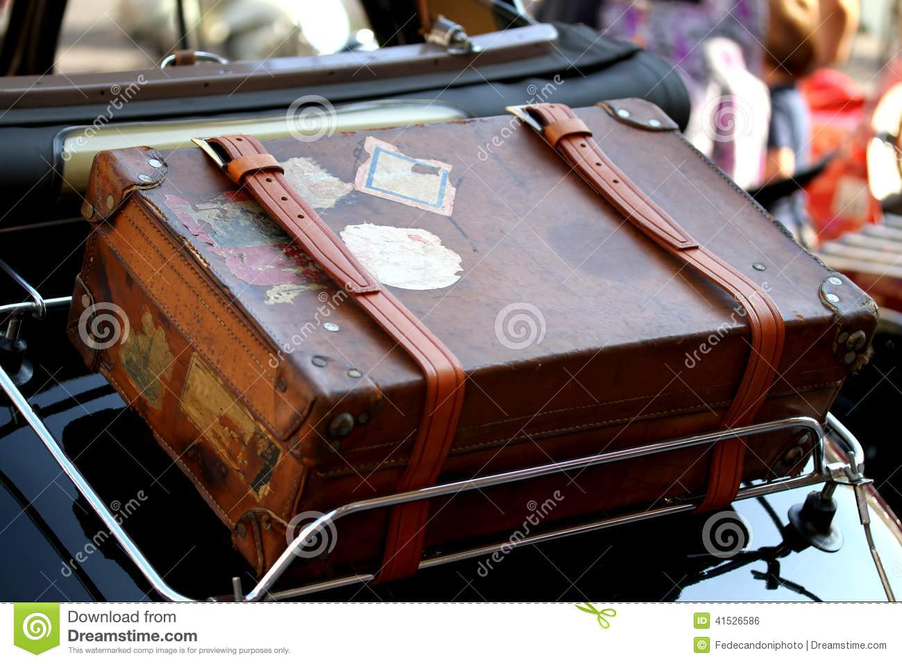 Suitcase Luggage Rack Vintage Car Stock Photos, Images, & Pictures ...
