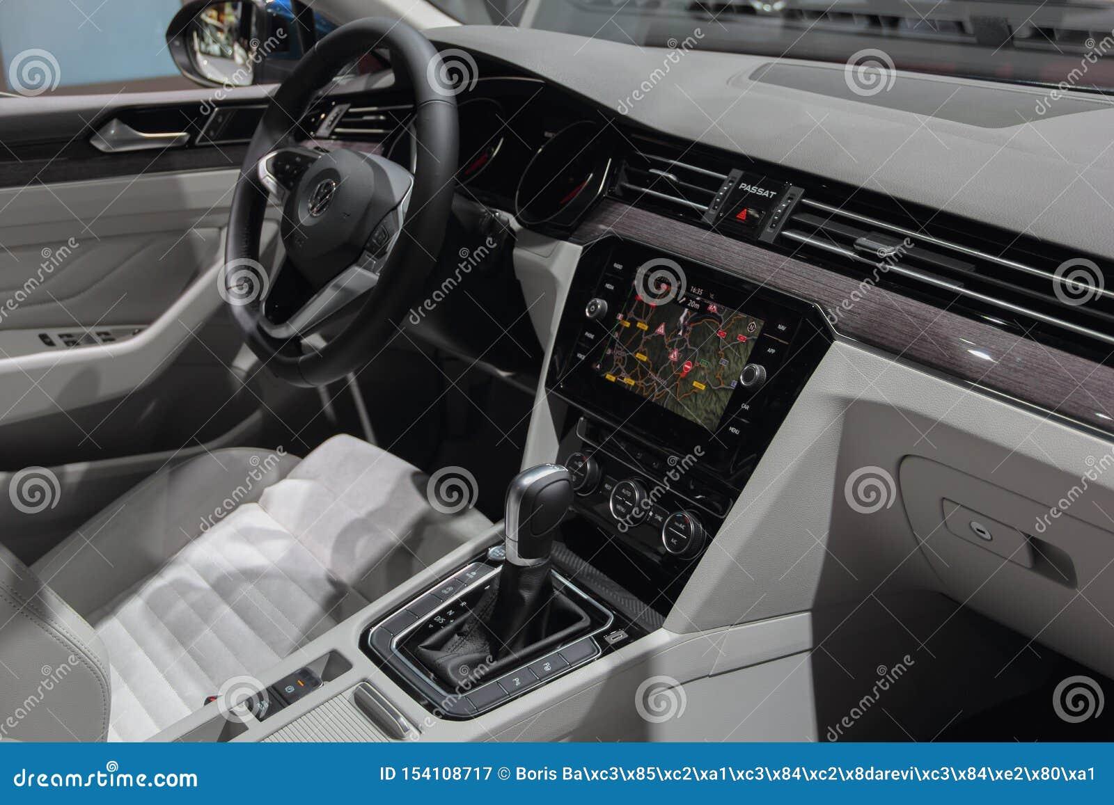 Suiza Ginebra 10 De Marzo De 2019 Interior Variable Del Gte De Volkswagen Passat El 89 O Salon Del Automovil Internacional En Fotografia Editorial Imagen De Marzo Passat 154108717