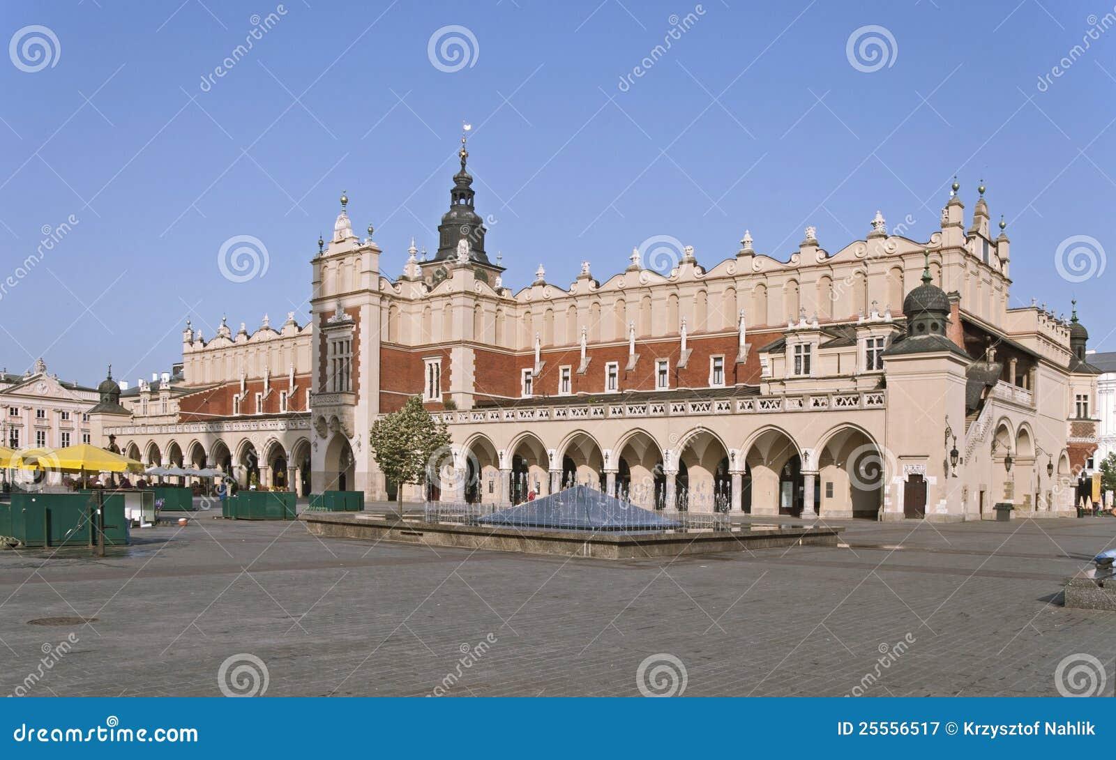 Sukiennice a Cracovia, Polonia