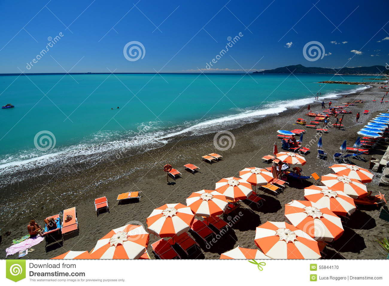 Black chiavari chairs - Lavagna Is A Tourist Port City In The Curving Stretch Of The Italian