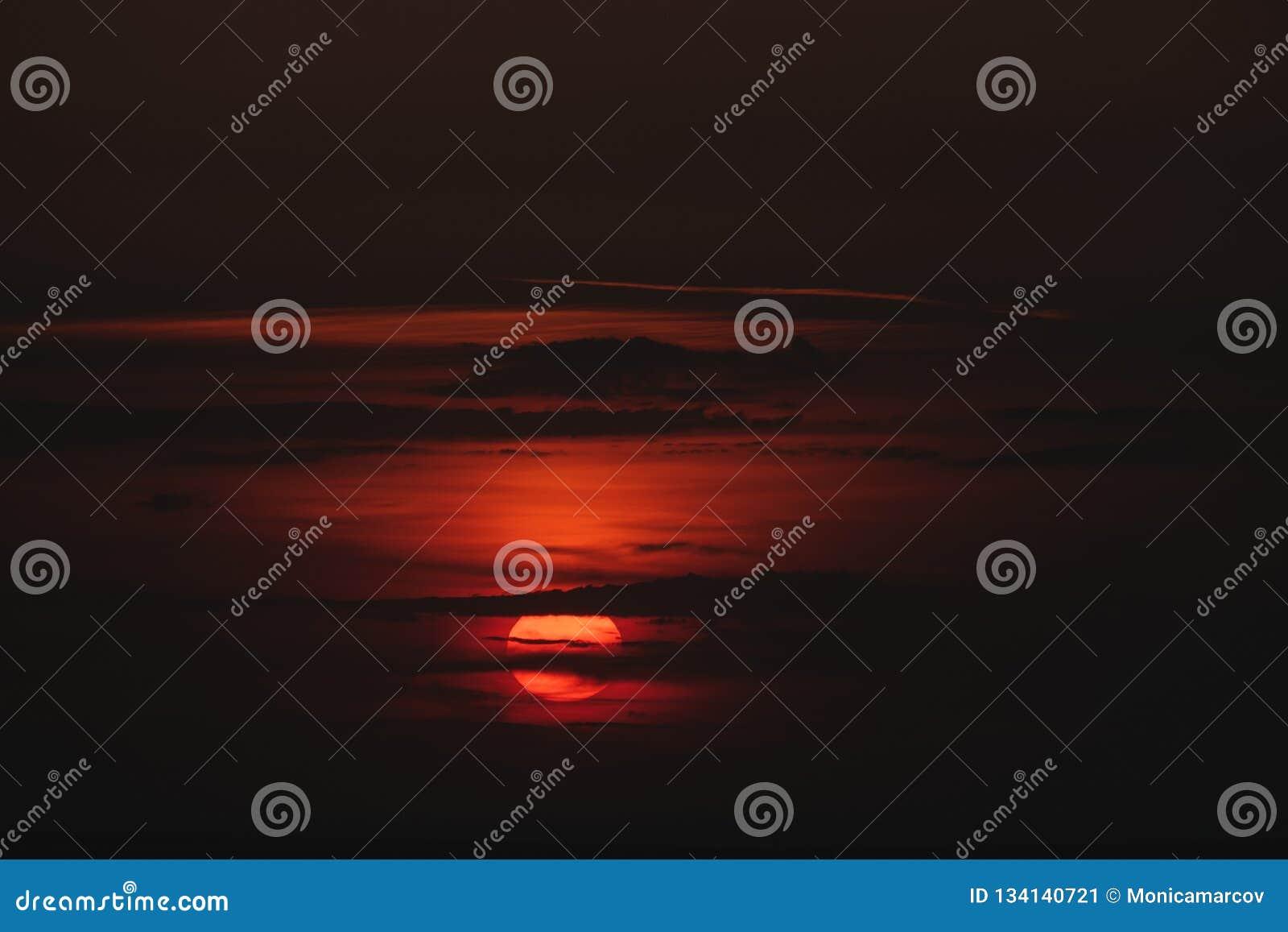 summer Cloudy Orange shadow Sunset