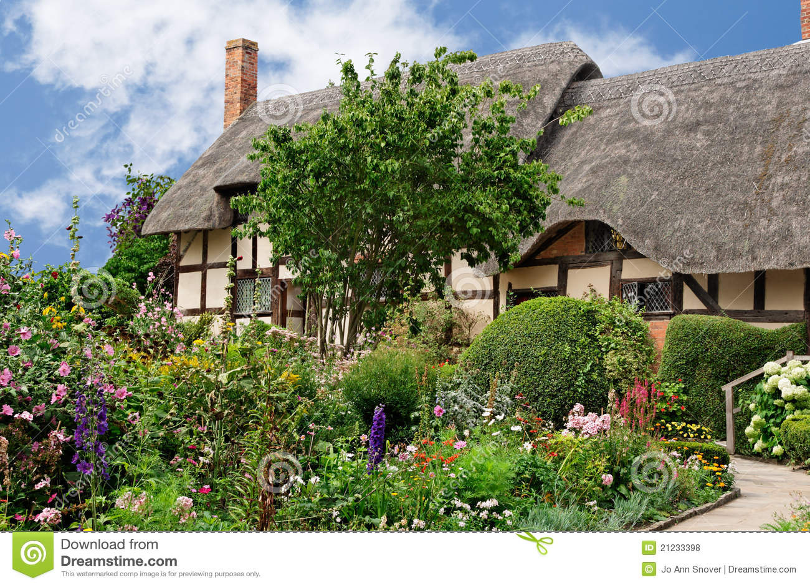 Summer Cottage Garden Royalty Free Stock Photos Image