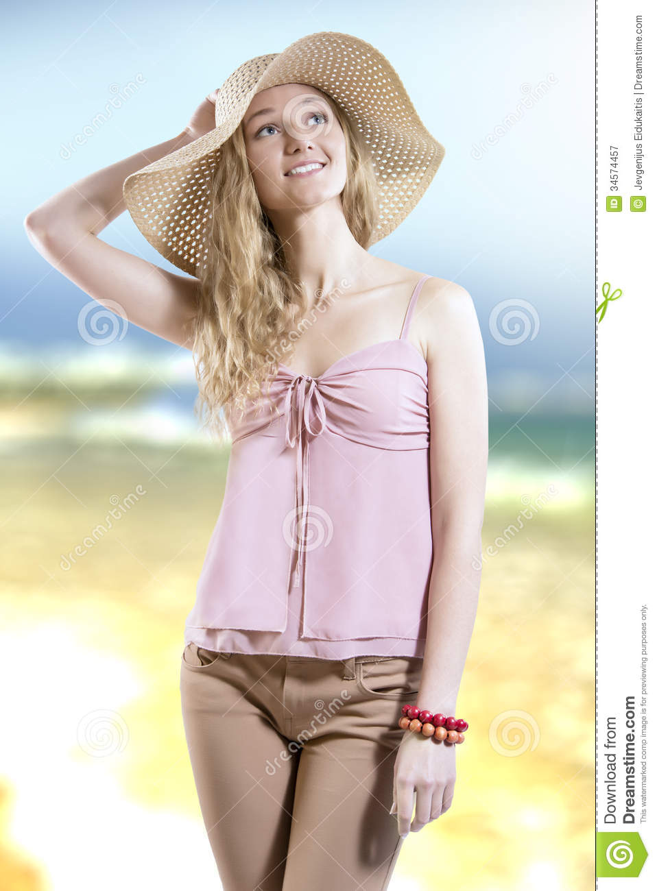 Summer Dreamer Girl With Straw Hat On The Beach Stock ...