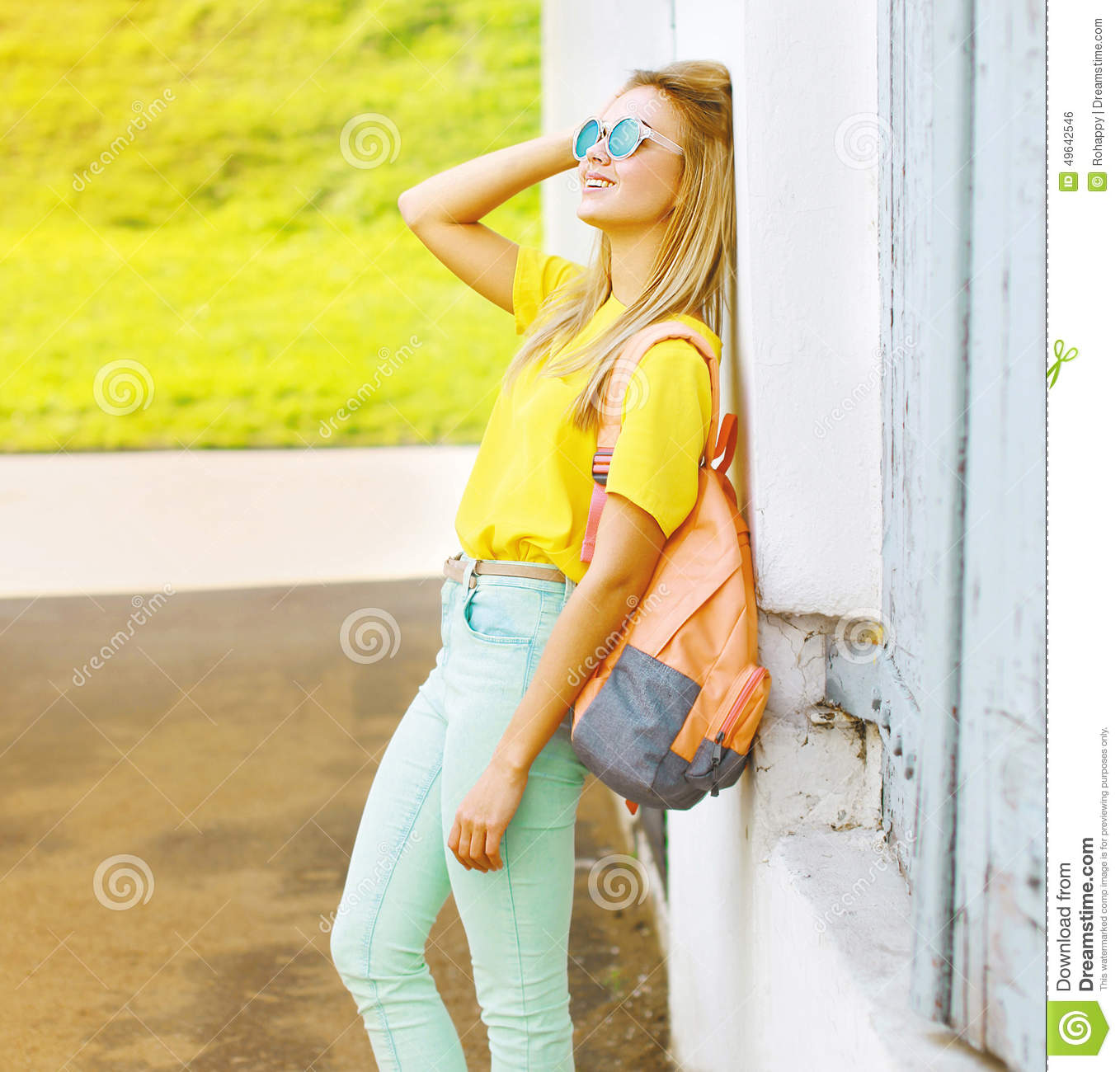 Hipster girl summer outfit for Decoration murale hipster