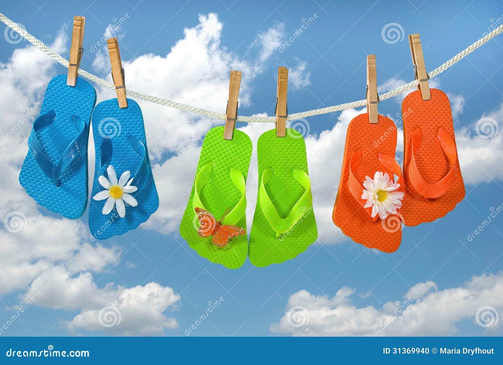 c040e70582b2bd Summer Flip-flops On Clothesline Stock Illustration - Illustration ...