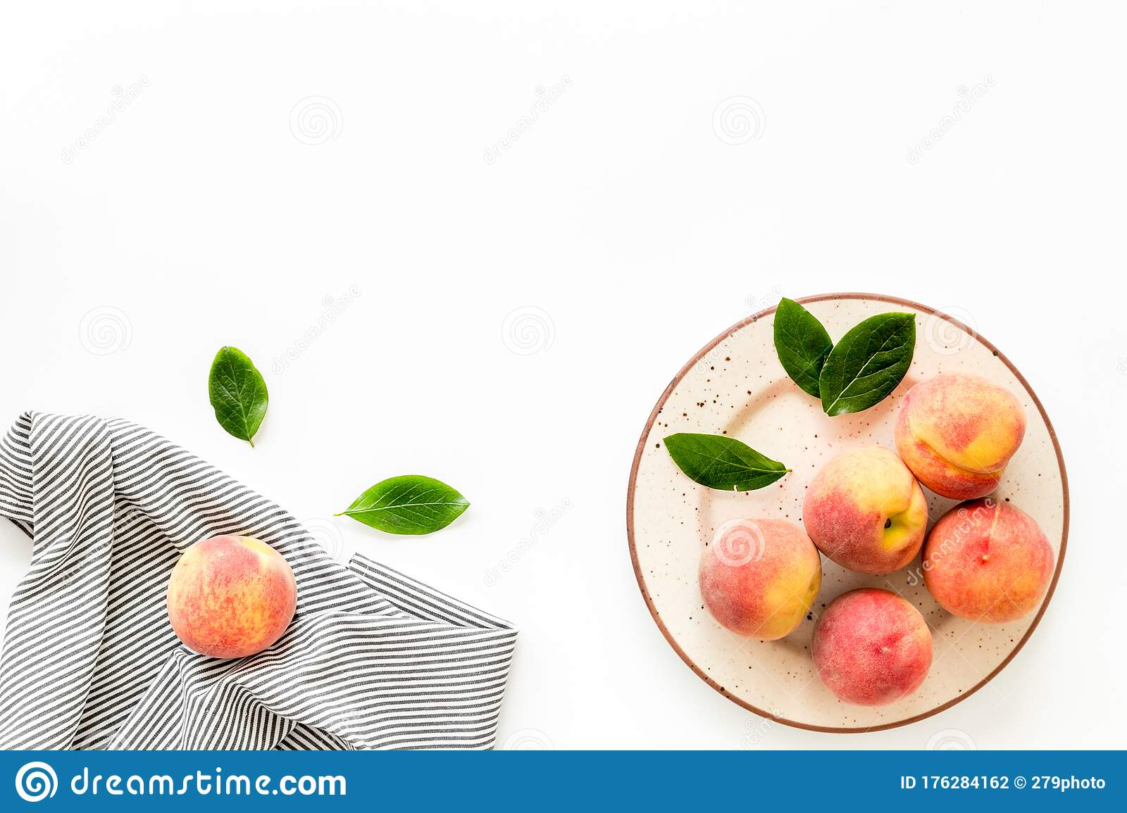 Summer Lunch Red Peaches On White Background With Tablecloth And Leaves Top Down Copy Space Stock Photo Image Of Backgrounds Text 176284162